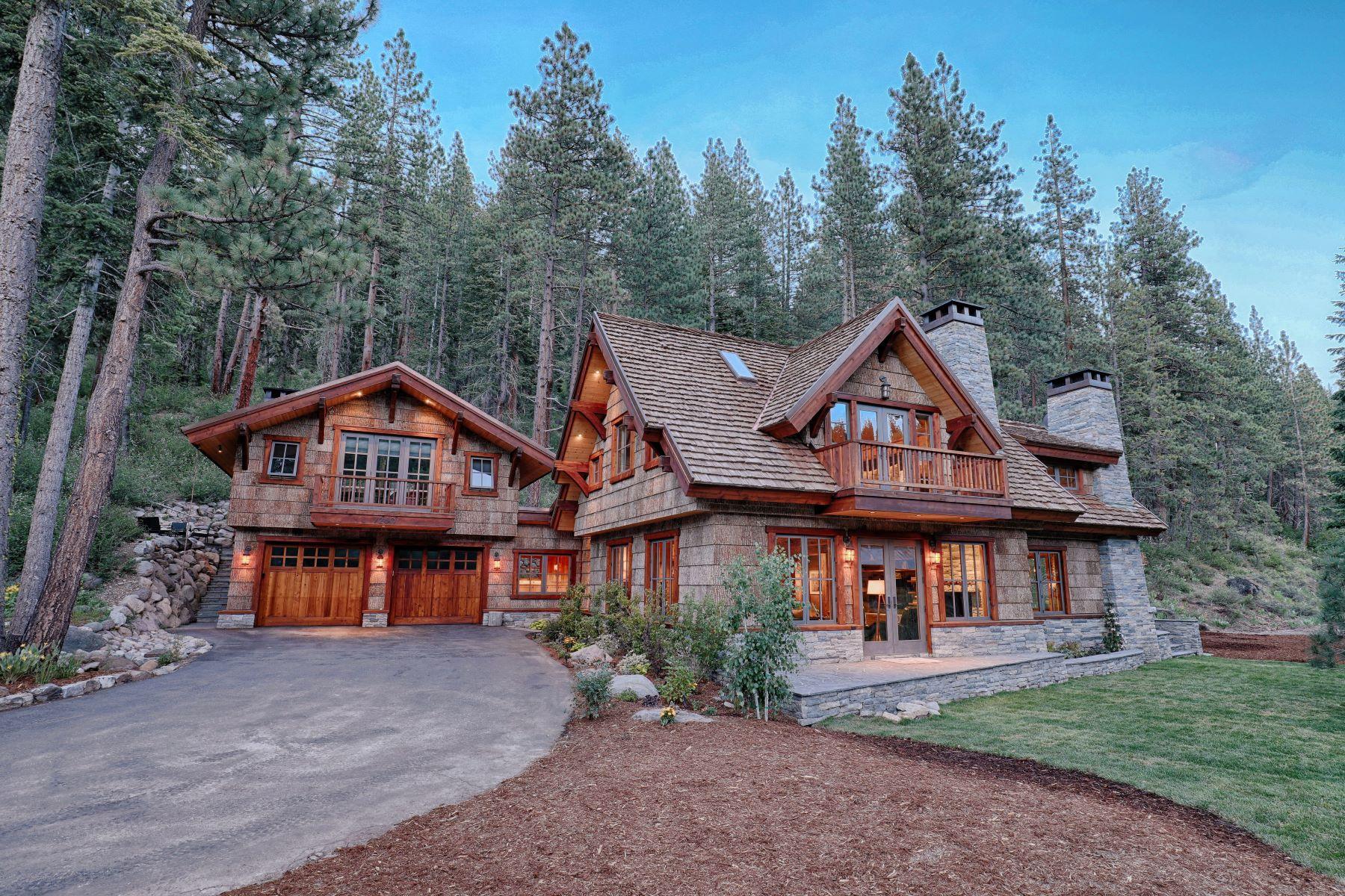 Single Family Homes 为 销售 在 Timeless Estate on the Truckee River 7260 River Road 特拉基, 加利福尼亚州 96161 美国