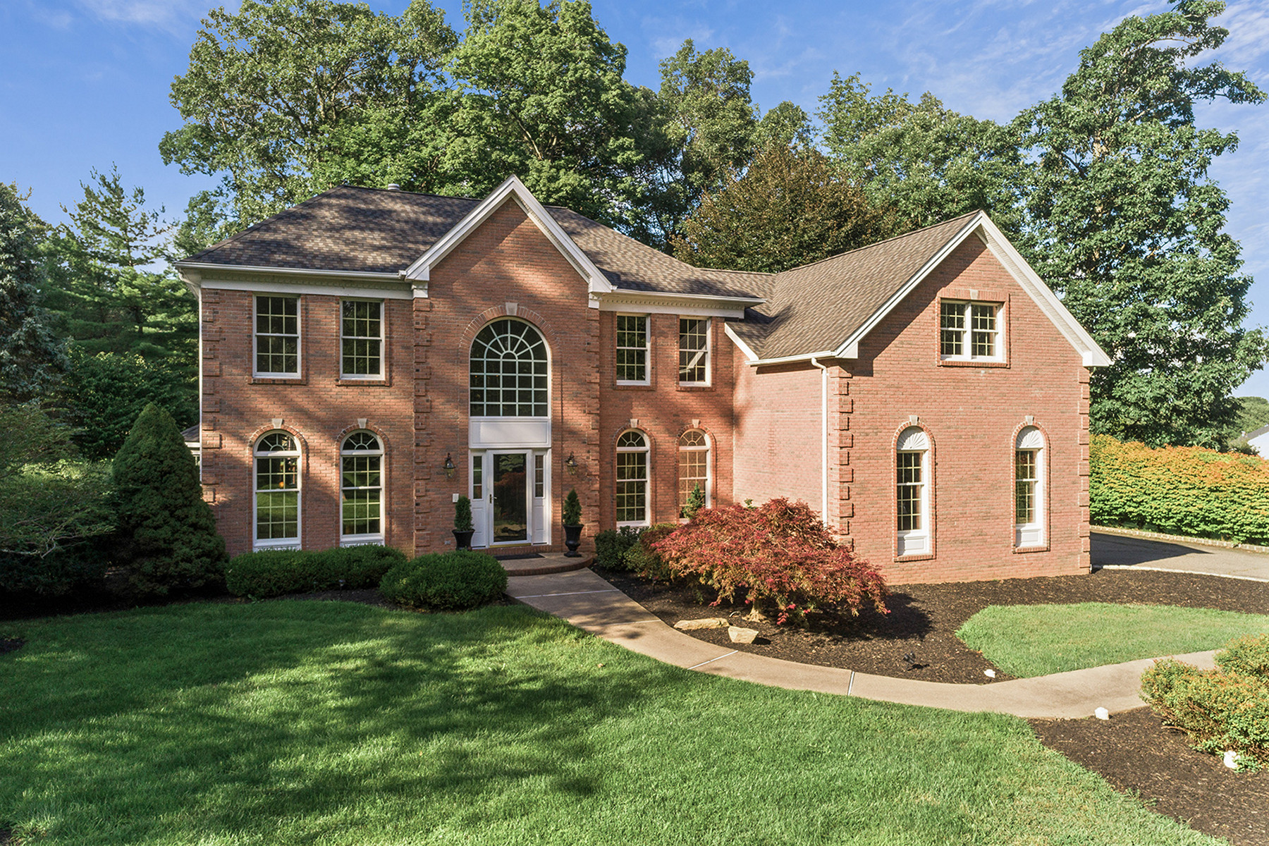 Single Family Homes for Sale at Spacious and Impeccably Maintained 1 Kobert Avenue, Mount Olive, New Jersey 07828 United States