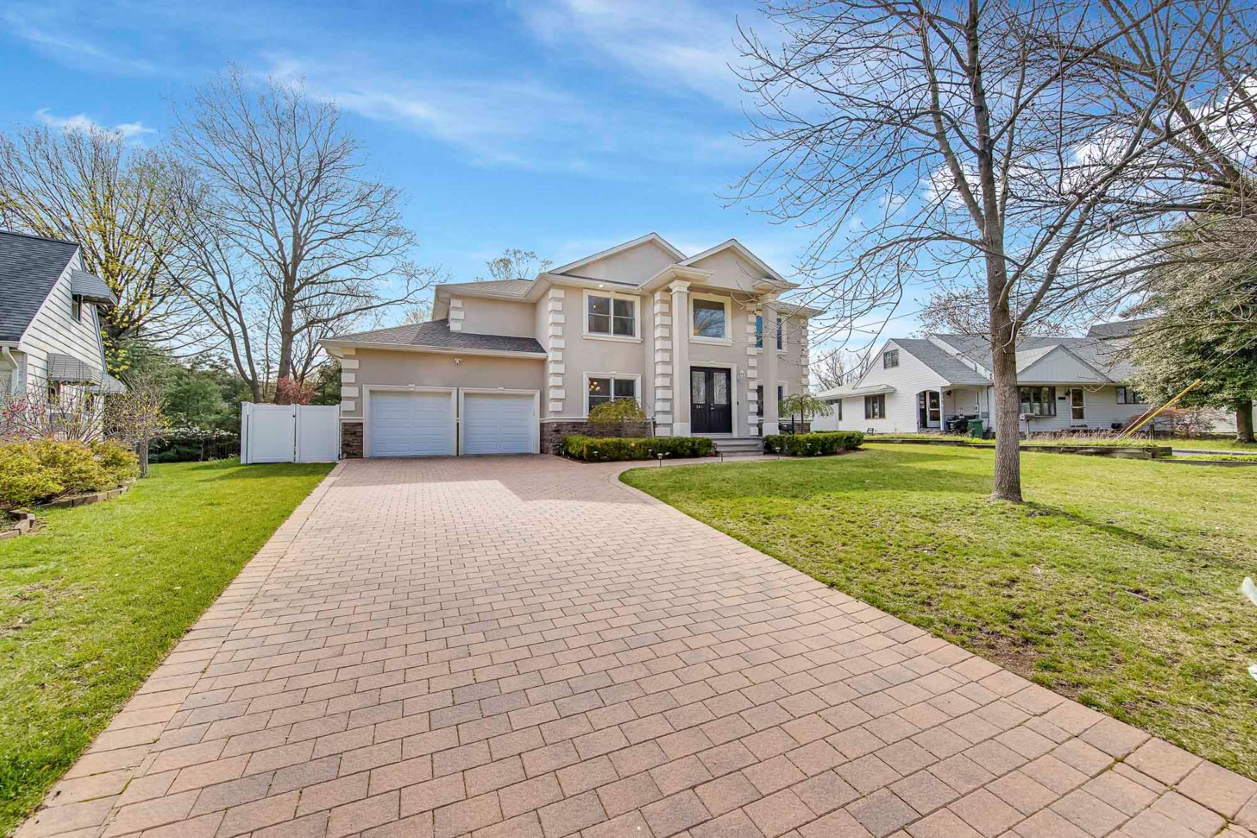 Single Family Homes for Sale at Location! Location! 146 Garden Ave, Paramus, New Jersey 07652 United States