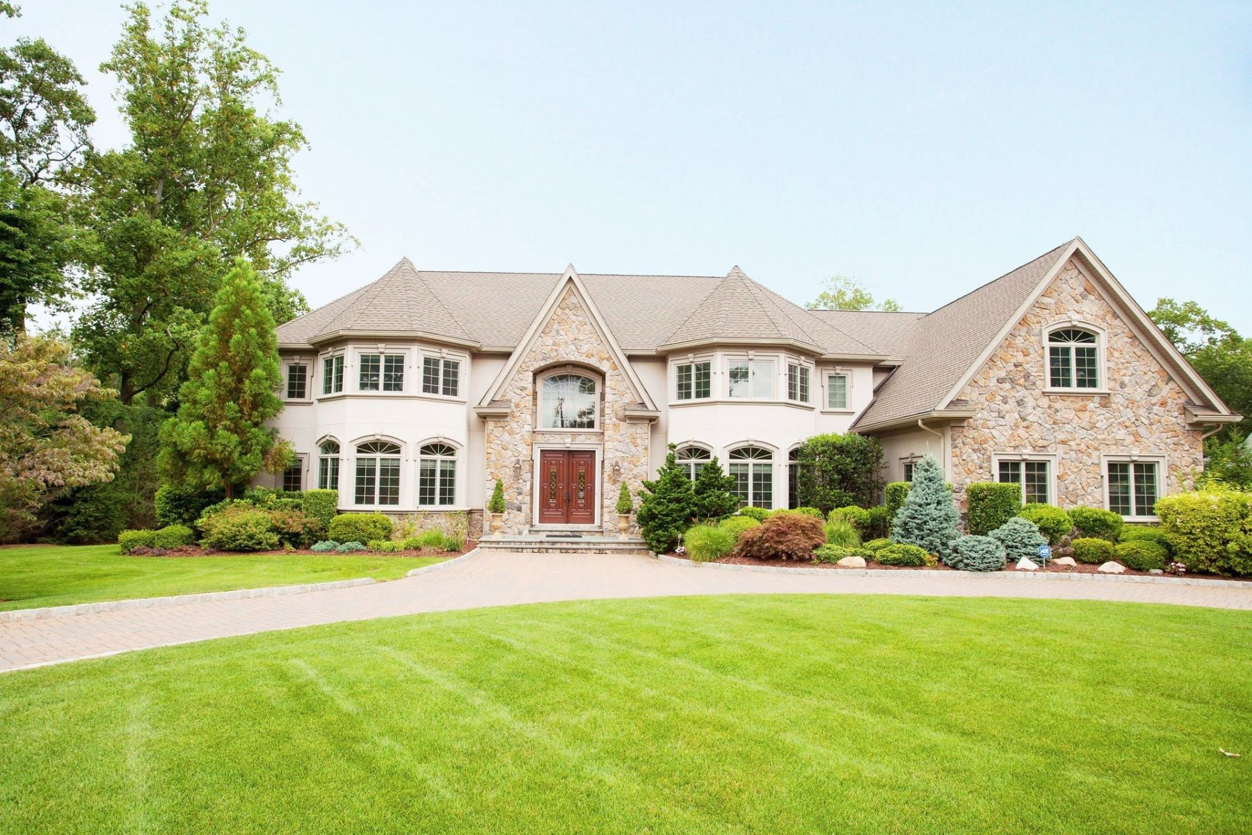 Single Family Homes for Sale at Exclusive Gated Estate 291 Chestnut Ridge Road, Woodcliff Lake, New Jersey 07677 United States