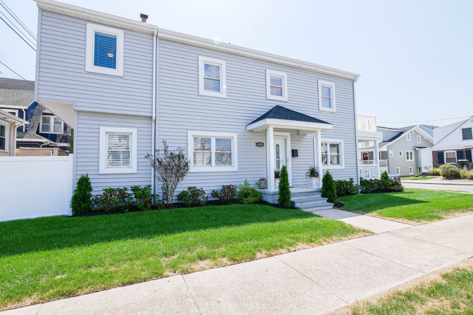Single Family Homes for Sale at 101 S Portland 101 S. Portland Ave, Ventnor, New Jersey 08406 United States