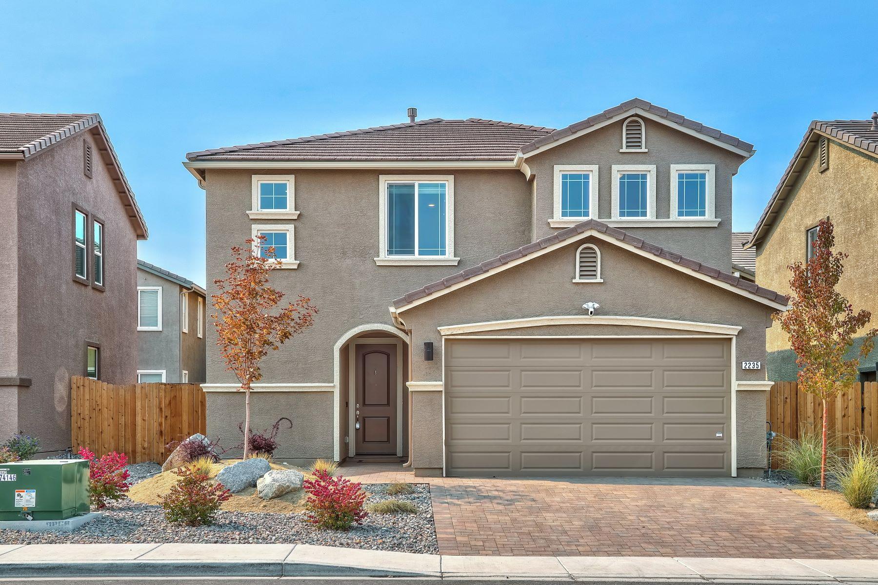 Single Family Homes 为 销售 在 2235 Symphony Way, Reno 89521 2235 Symphony Way ??, ???? 89521 ??
