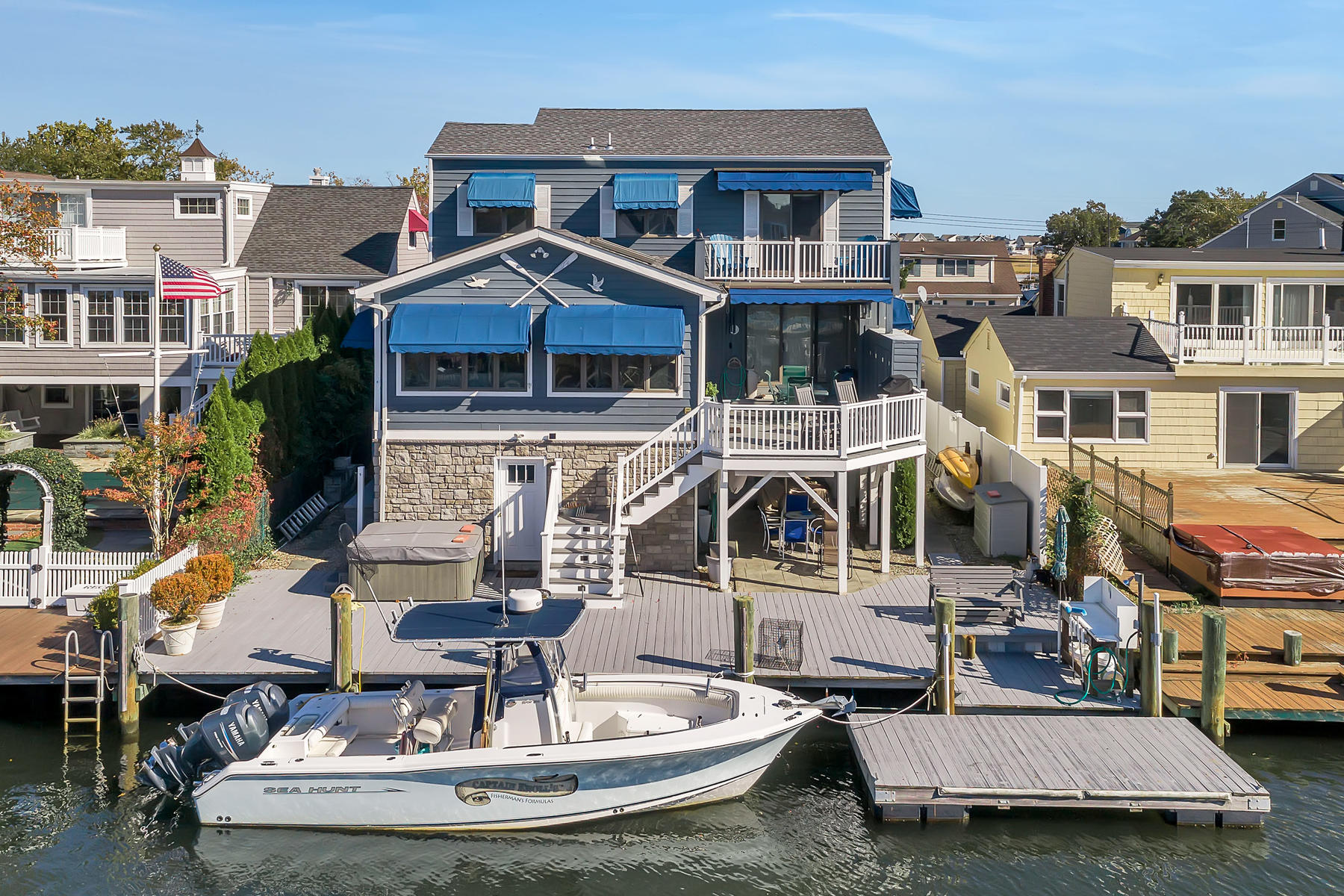 Single Family Homes для того Продажа на Desirable Sunshine Harbor Custom Home 1647 East Drive, Point Pleasant Beach, Нью-Джерси 08742 Соединенные Штаты