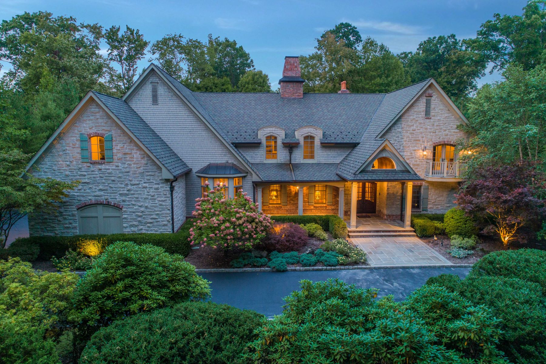 Single Family Homes for Sale at Stunning Estate 55 Anona Dr, Upper Saddle River, New Jersey 07458 United States