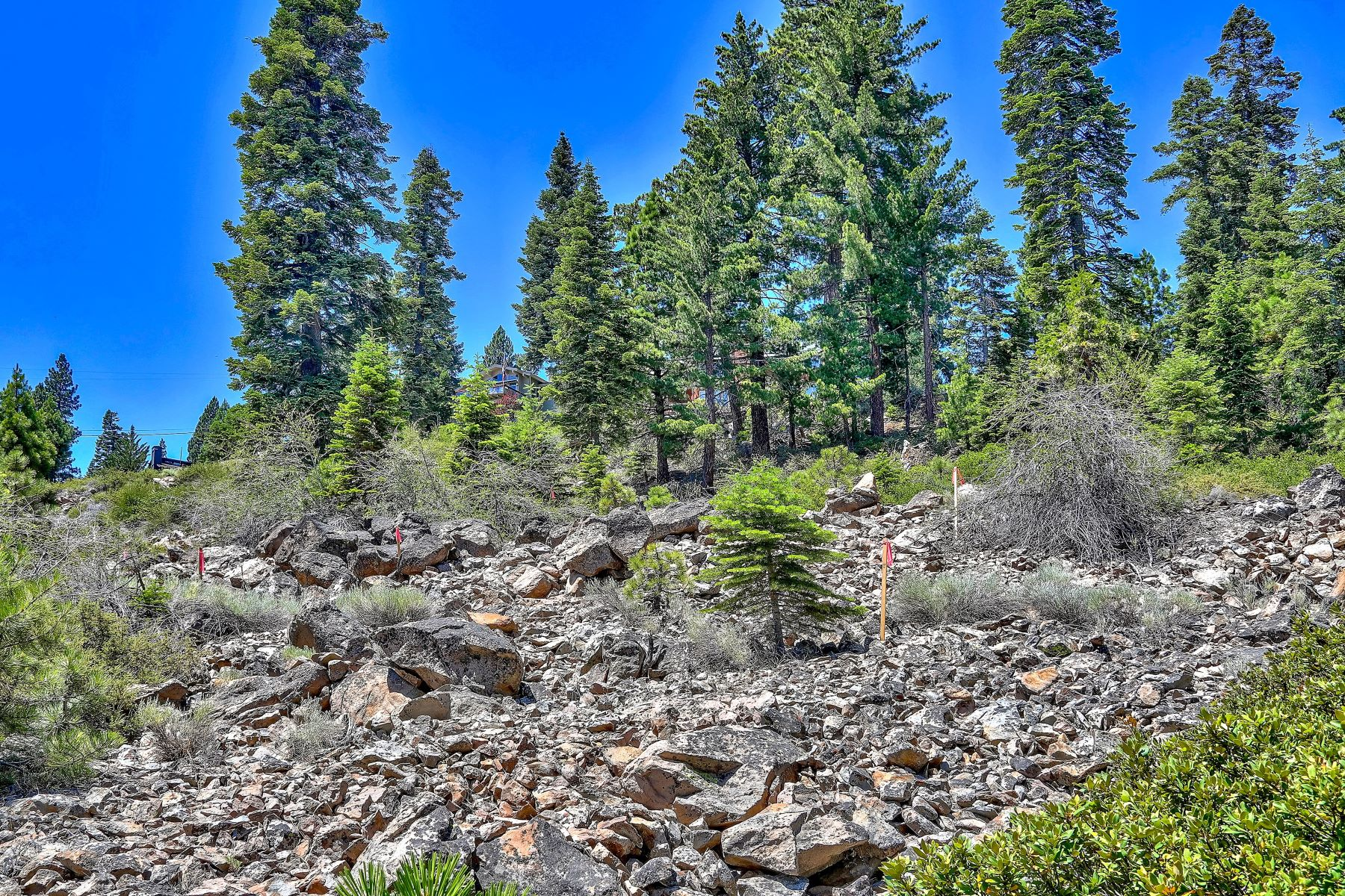 Additional photo for property listing at Stunning Luxury Lake View Home 6417 North Lake Boulevard Tahoe Vista, California 96148 United States