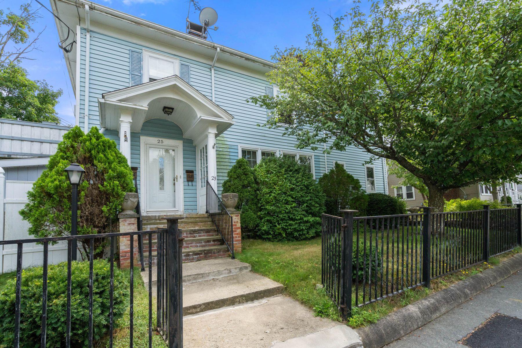 Multi-Family Homes 为 销售 在 25 Field Street, Brockton 25 Field St 布罗克顿, 马萨诸塞州 02301 美国