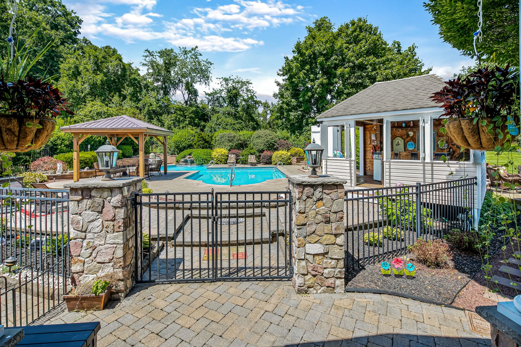 Single Family Homes for Sale at Sophisticated Amwell Valley Retreat 109 Back Brook Road, East Amwell Township, New Jersey 08551 United States