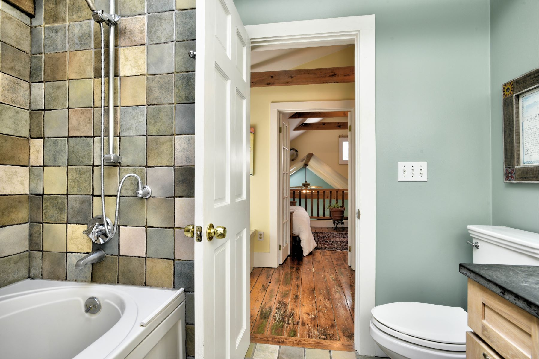 Additional photo for property listing at Charming Cottage on The Point 5 & 5 1/2 Gladding Court Newport, Rhode Island 02840 United States