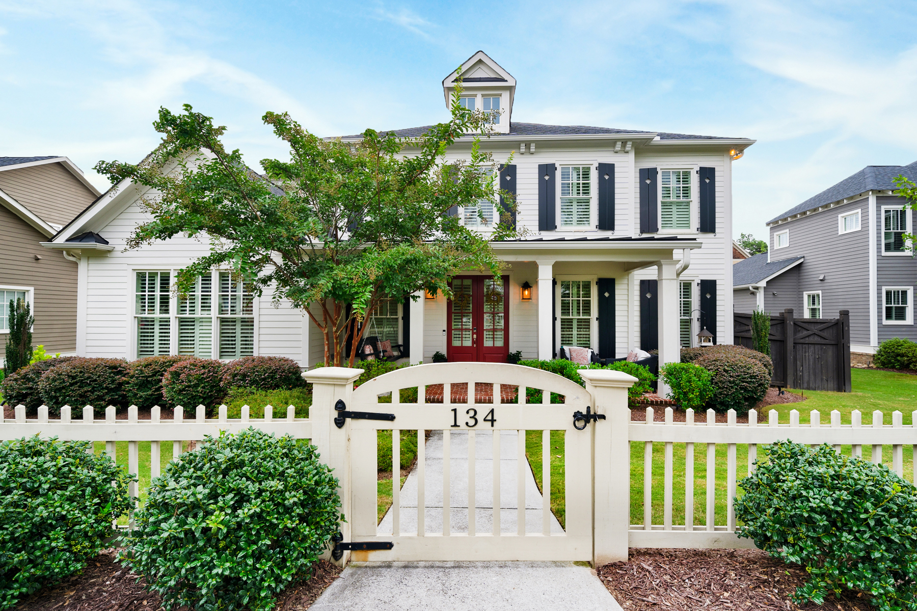 Single Family Homes por un Venta en Charming Historic Norcross Beauty 134 Kelly Street, Norcross, Georgia 30071 Estados Unidos