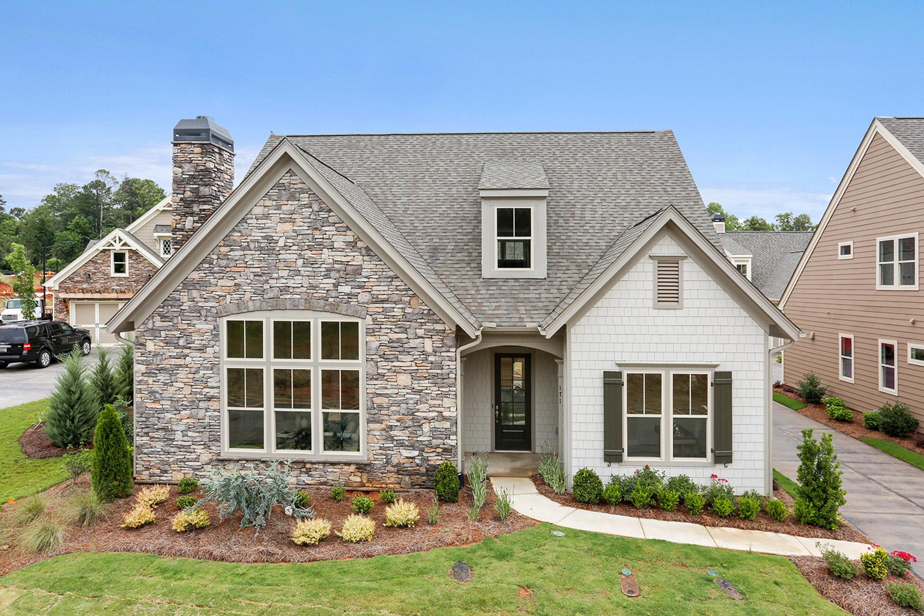 Single Family Homes por un Venta en Luxury Active Adult Dream Home 405 Loblolly Street, Woodstock, Georgia 30188 Estados Unidos