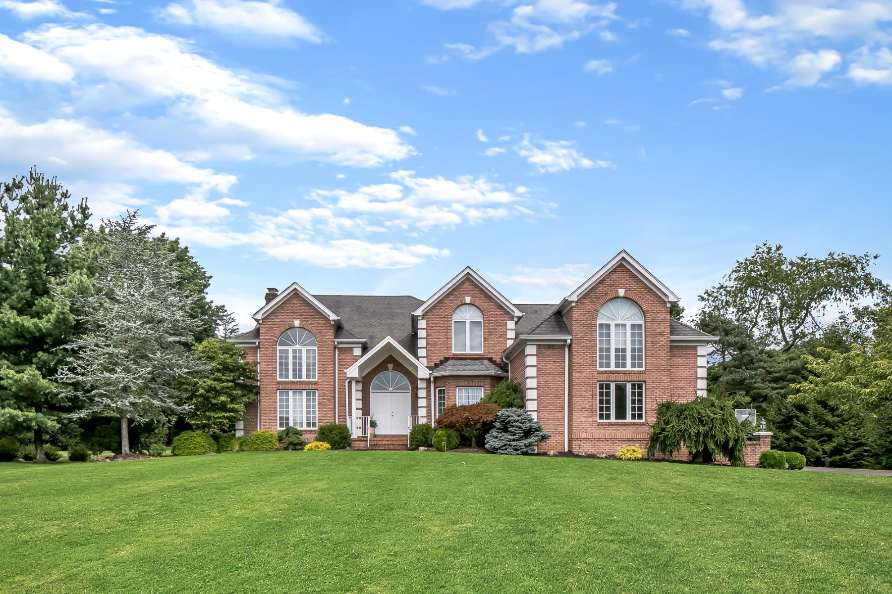 Single Family Homes for Sale at Magnificent Colonial 31 Beacon Hill Drive, Chester, New Jersey 0730 United States
