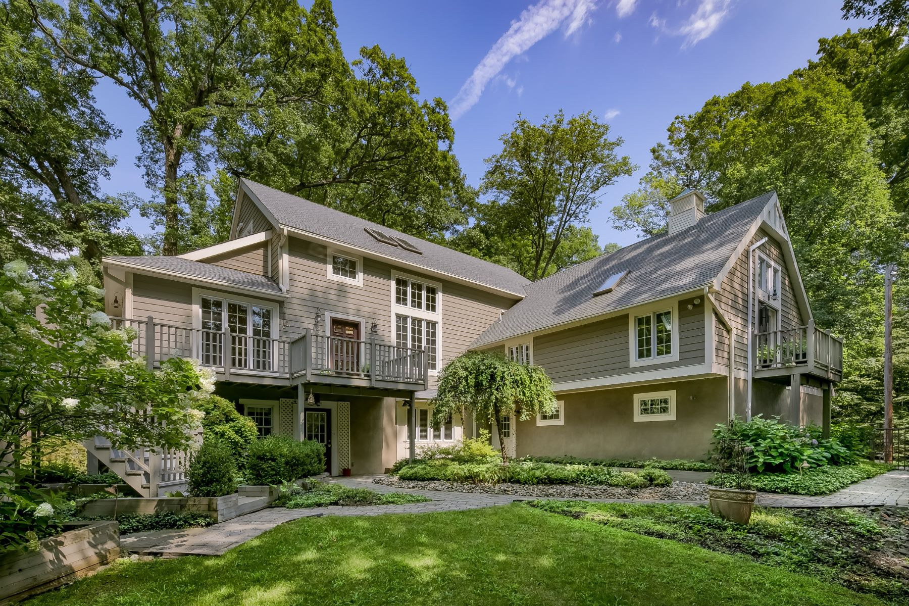 Single Family Homes 為 出售 在 Stunning Custom Retreat 55 Mt Airy Road, Basking Ridge, 新澤西州 07920 美國