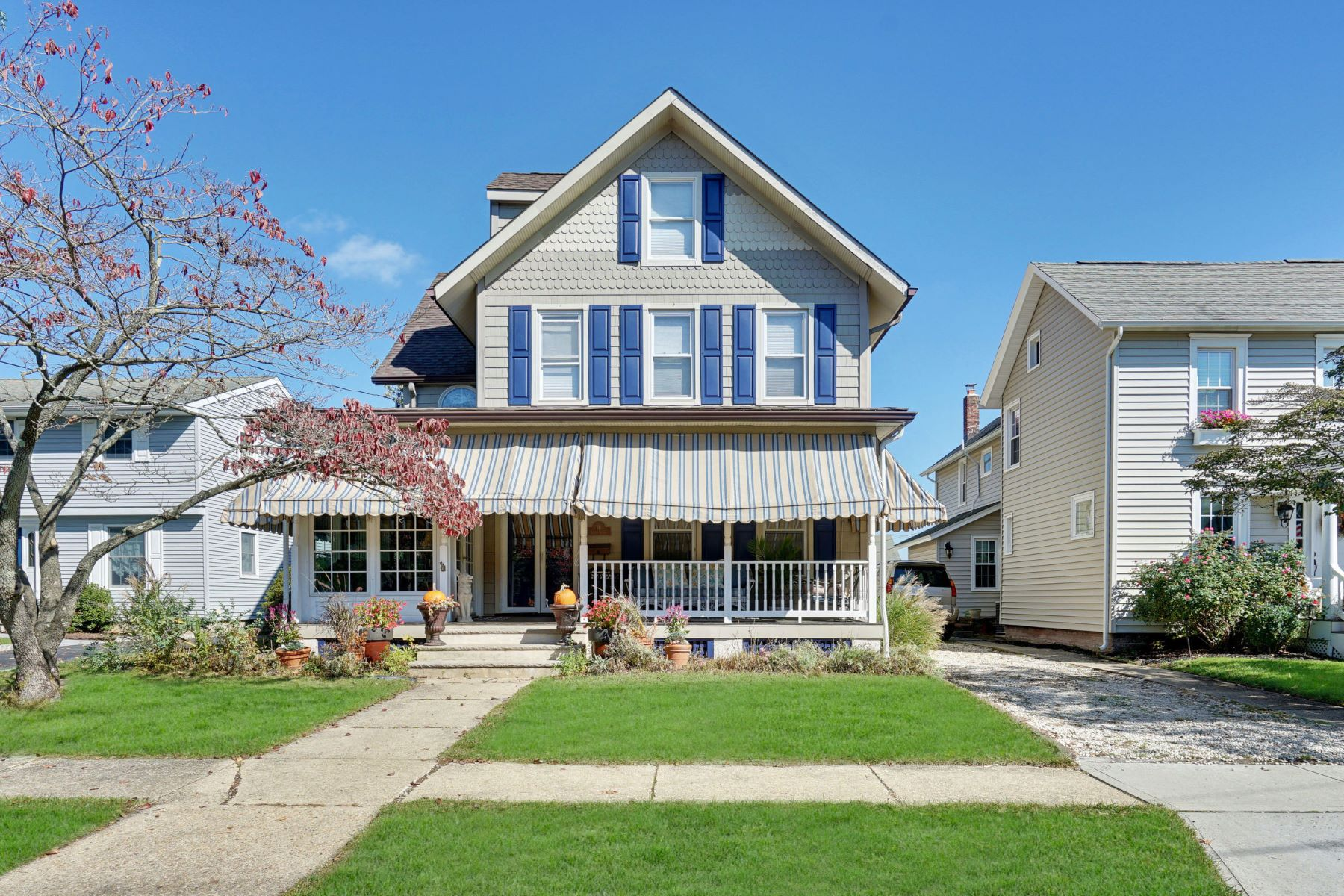 Single Family Homes for Sale at Classic Custom Victorian 18 Curtis Avenue, Manasquan, New Jersey 08736 United States