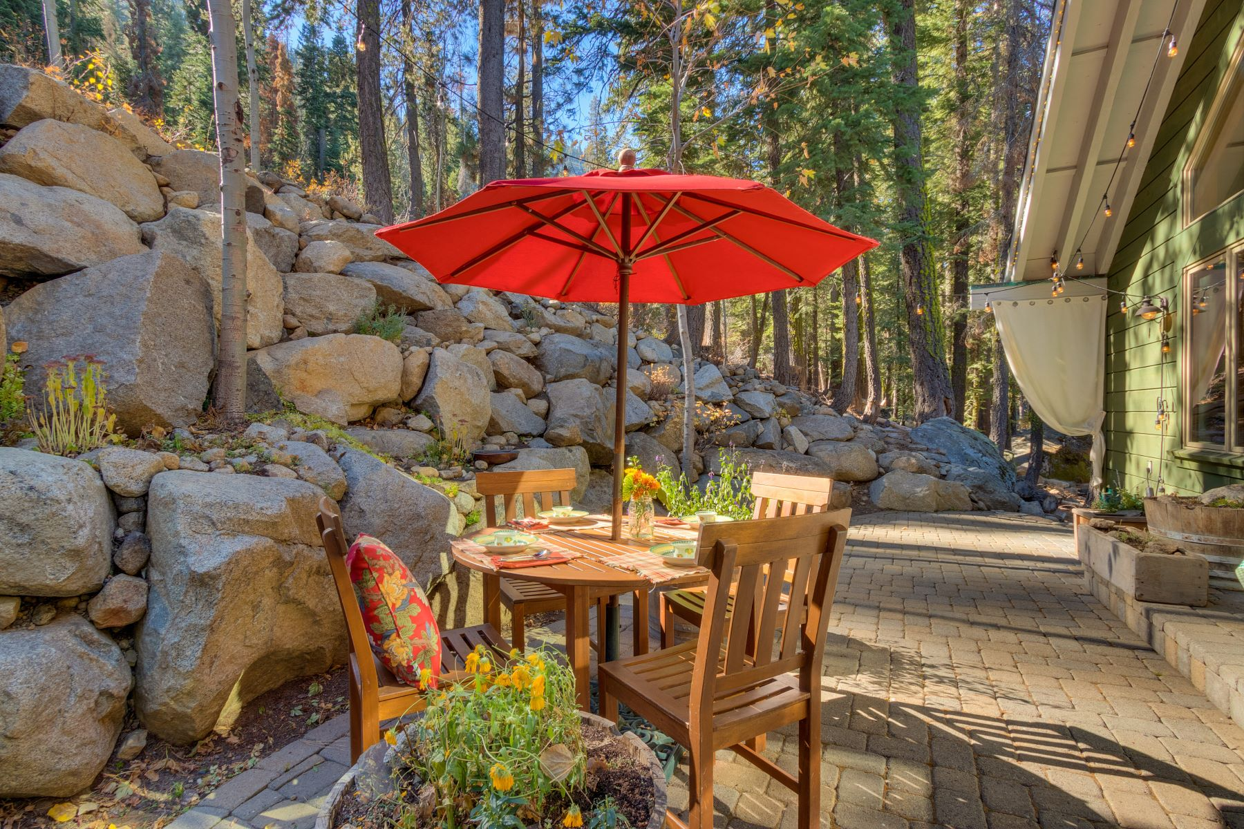 Additional photo for property listing at Boulder Retreat Donner Lake House 15651 Conifer Drive Truckee, California 96161 United States