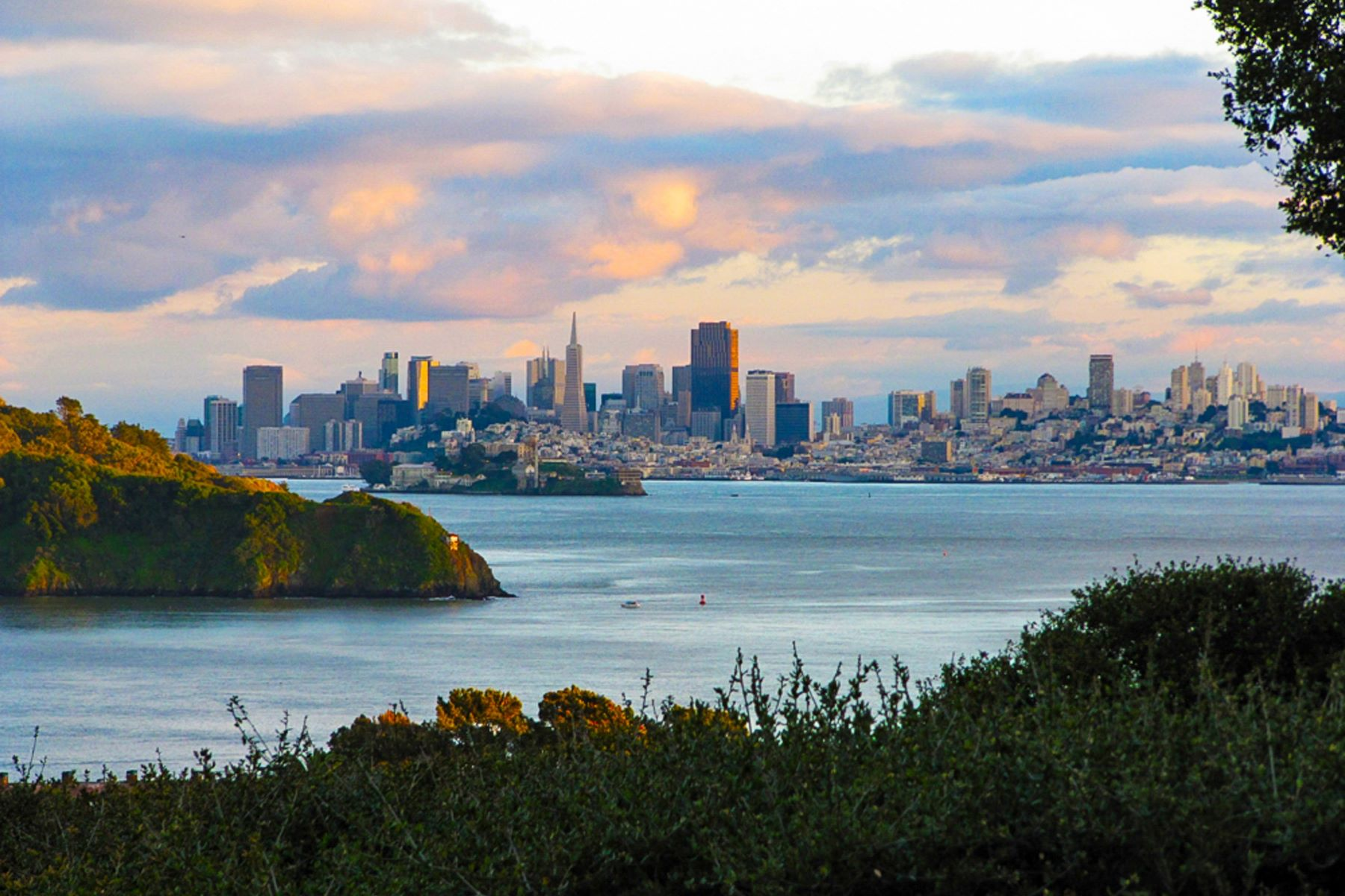 Property for Sale at San Francisco Skyline View Townhome 124 Red Hill Circle Tiburon, California 94920 United States