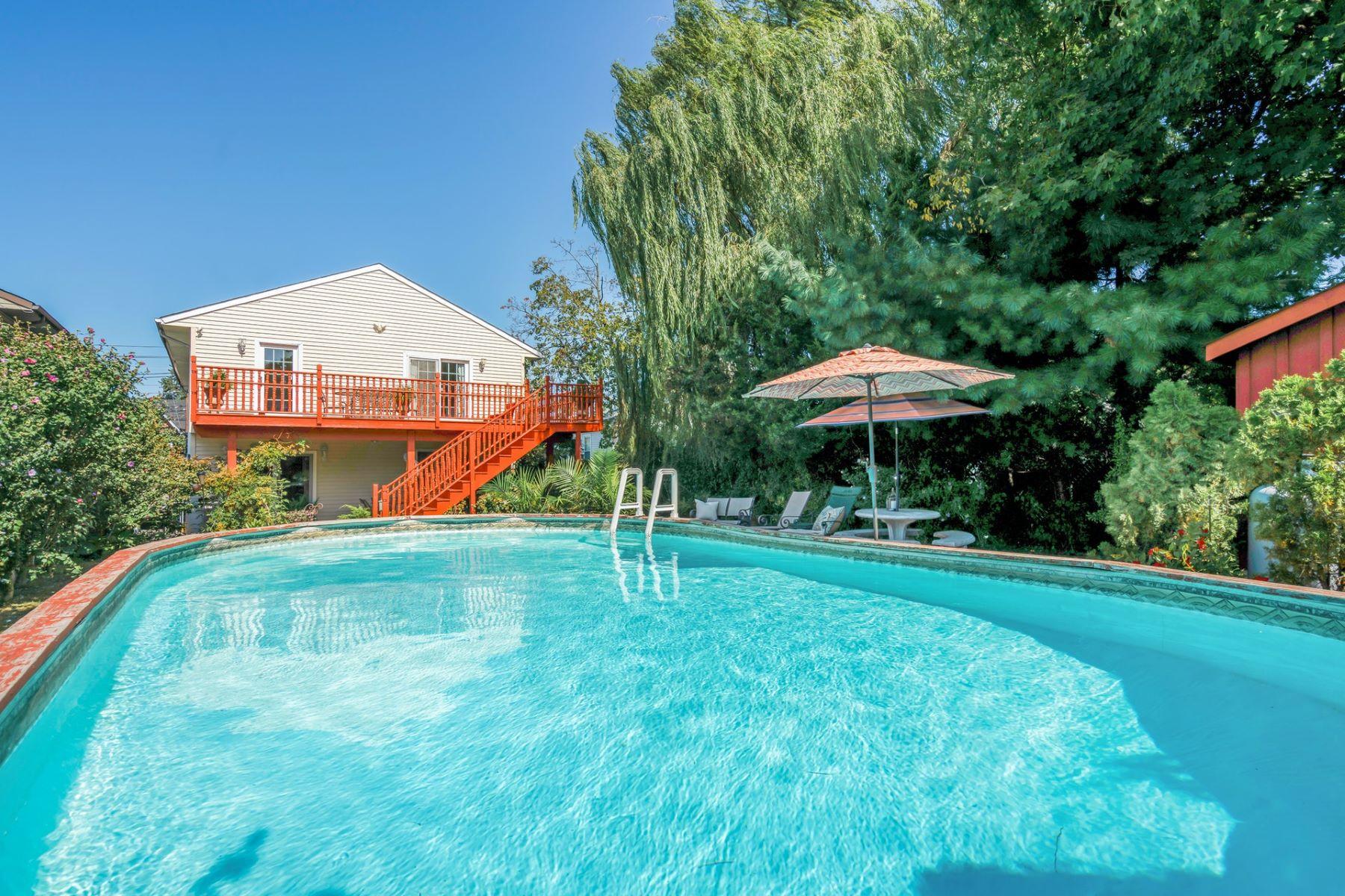 Single Family Homes для того Продажа на Garfield, Нью-Джерси 07026 Соединенные Штаты