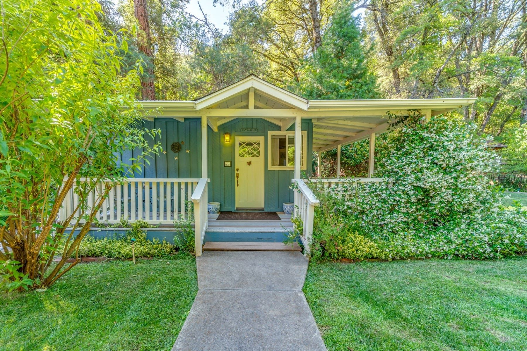 Additional photo for property listing at Creekside Country Retreat 2455 Murphys Grade Road Murphys, California 95247 United States