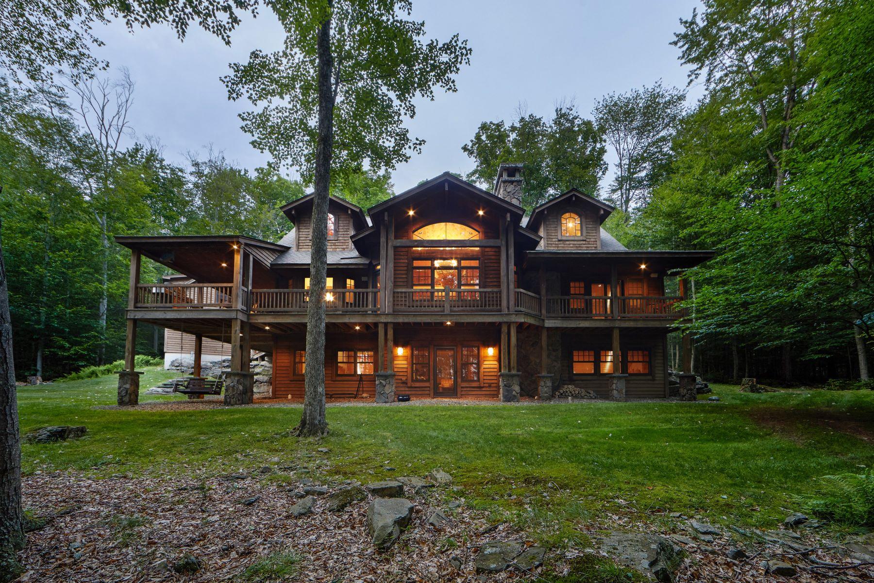Single Family Homes 為 出售 在 Homestead Lodge at the Chapin Estate 110 Homestead Trail, White Lake, 纽约 12786 美國