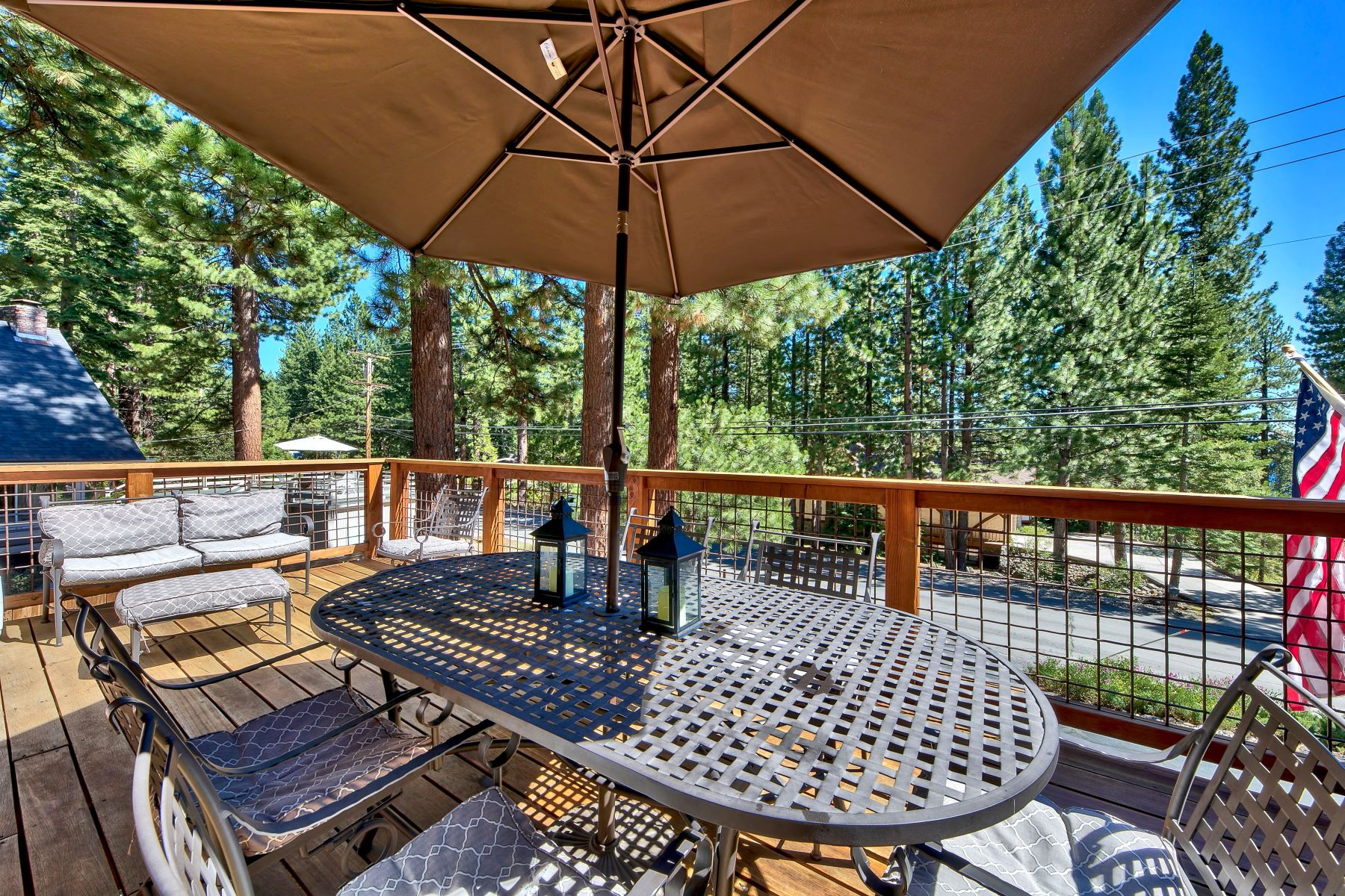 Additional photo for property listing at Stunning Lake Tahoe Home 564 Ponderosa Incline Village, Nevada 89451 United States