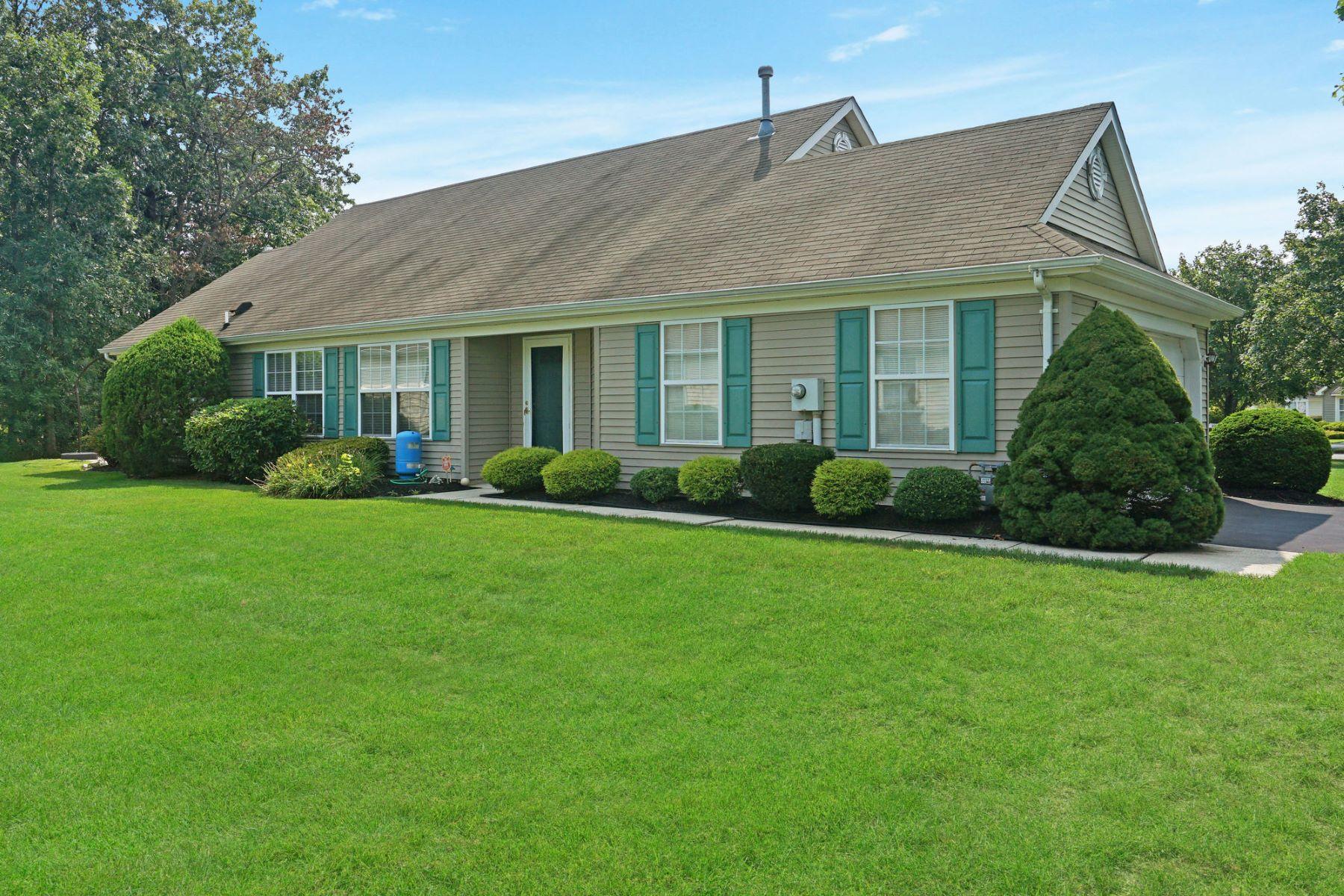 Single Family Homes por un Venta en Fairways at Lakewood 72 Skyline Drive, Lakewood, Nueva Jersey 08701 Estados Unidos