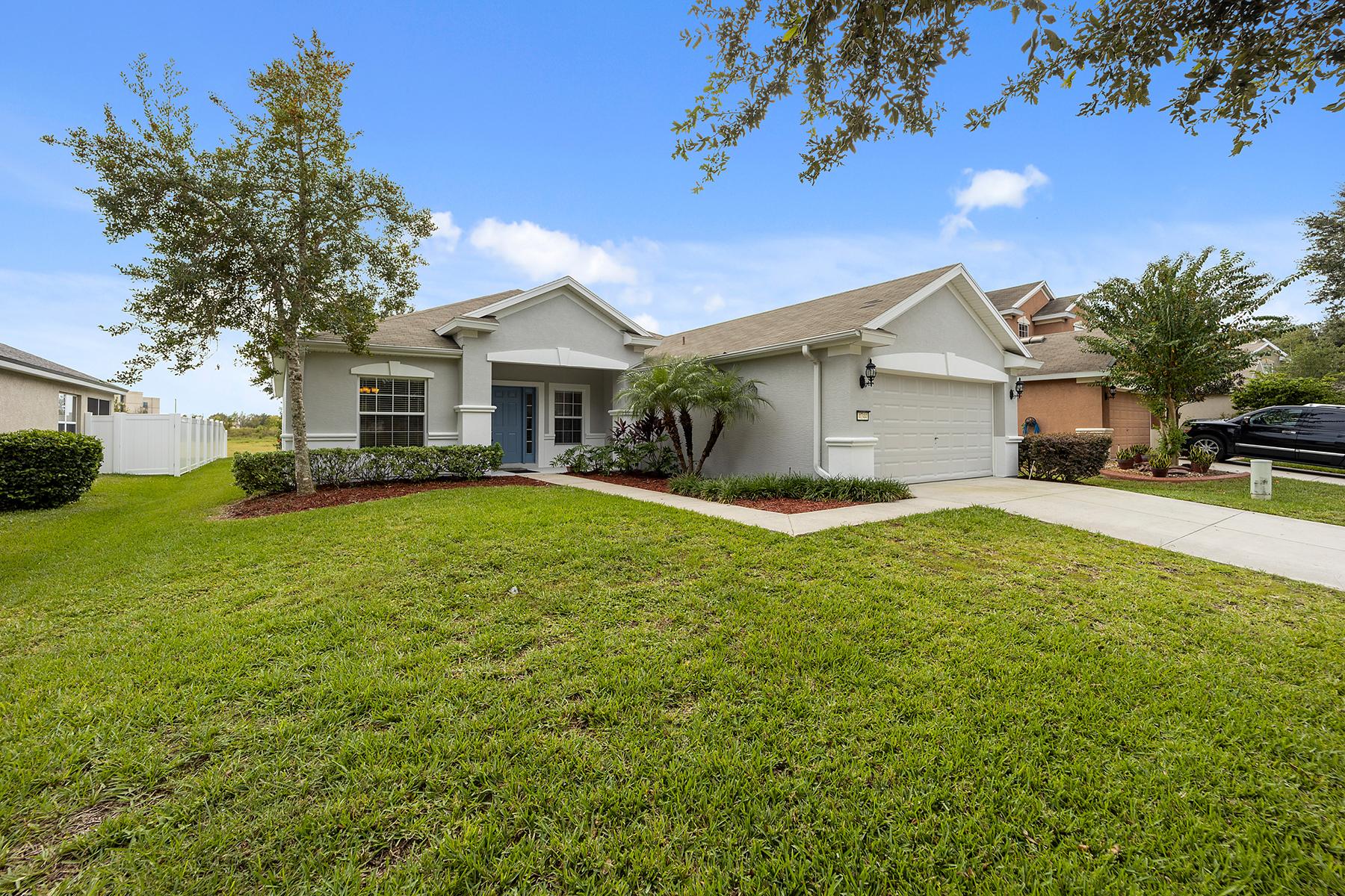 Single Family Homes für Verkauf beim OCALA 4744 42nd St, Ocala, Florida 34474 Vereinigte Staaten