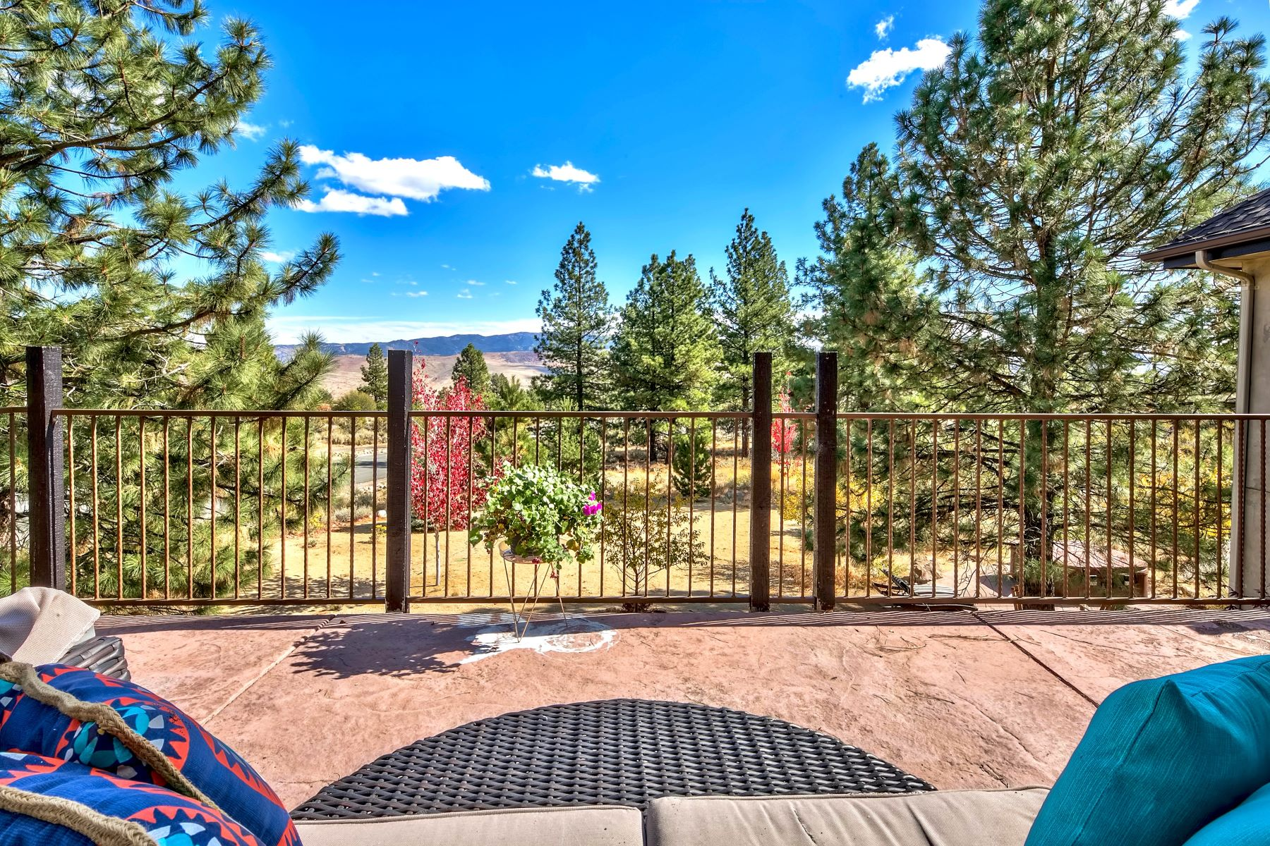 Additional photo for property listing at Beauty, Elegance, and Nature 395 Mount Mahogany Ct. Reno, Nevada 89511 United States