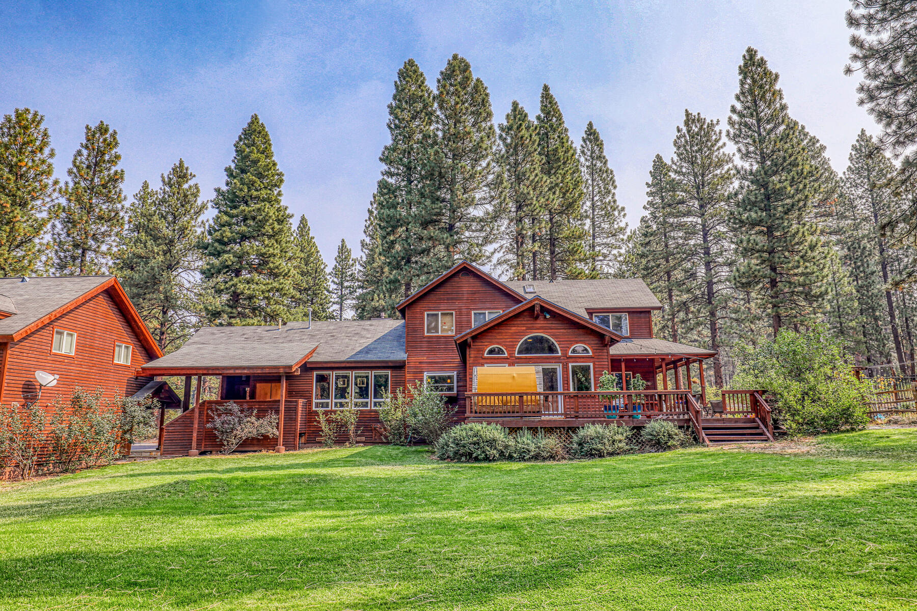 Property for Active at Best Kept Secret In Truckee Is Out 10915 Royal Crest Drive Truckee, California 96161 United States