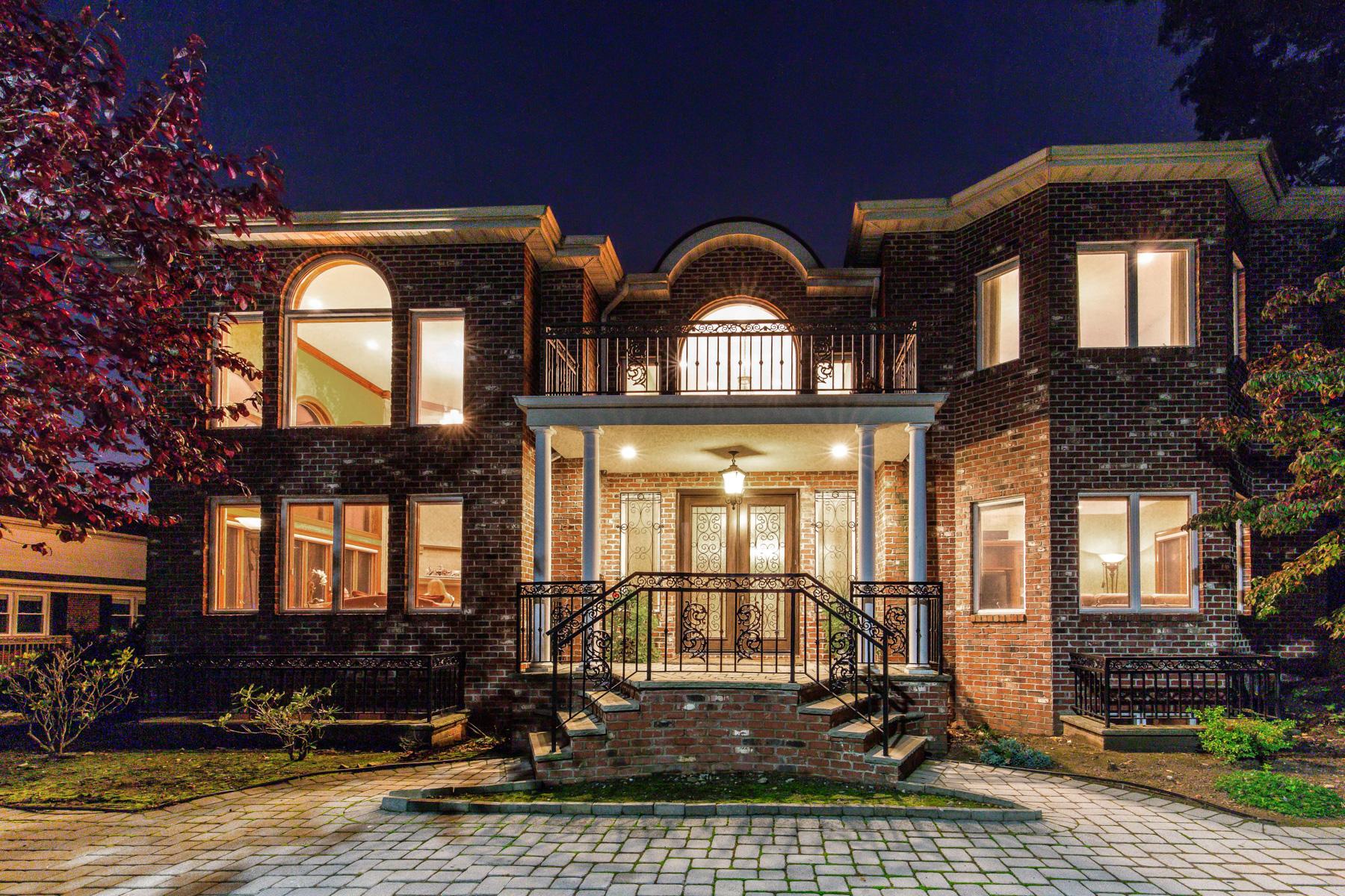 Single Family Homes للـ Sale في Cliffside Park, New Jersey 07010 United States