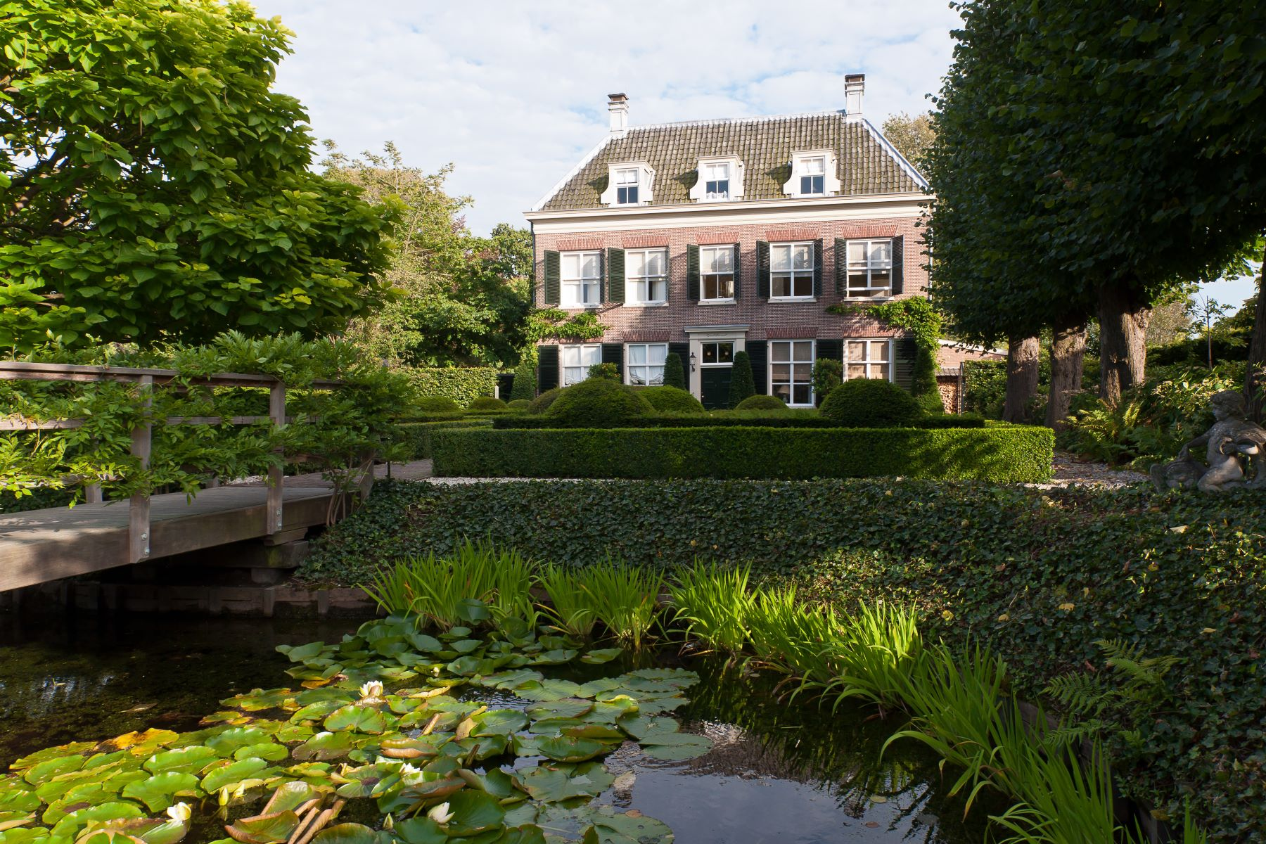 Other Residential Homes для того Продажа на Groot Leerust Warmond, South Holland Нидерланды