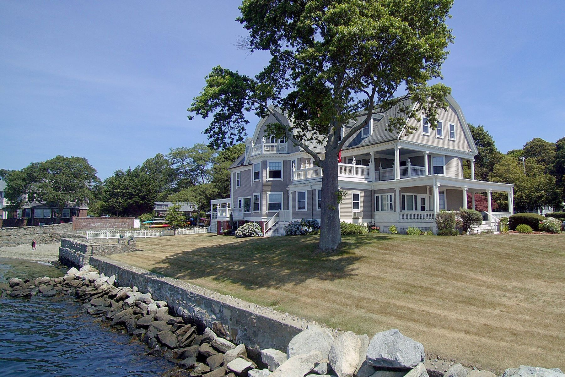Additional photo for property listing at The Tides 217 Hope Street, 7 Bristol, Rhode Island 02809 United States
