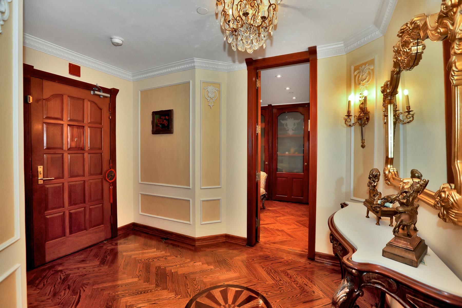 Condominiums pour l Vente à Royal Buckingham 900 Palisade Avenue #PH2401, Fort Lee, New Jersey 07024 États-Unis