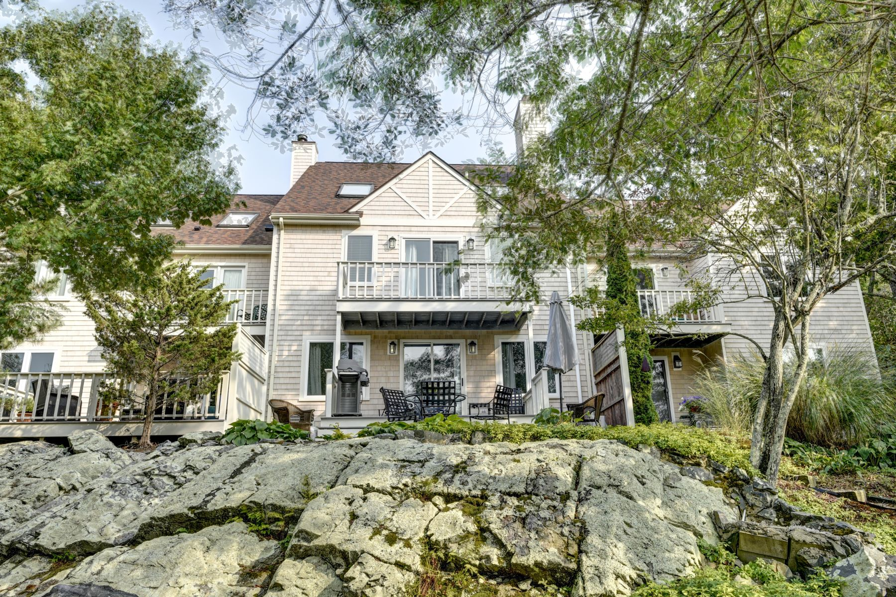Additional photo for property listing at Moorland Farm 15 Hammersmith Road, 22A Newport, Rhode Island 02840 United States