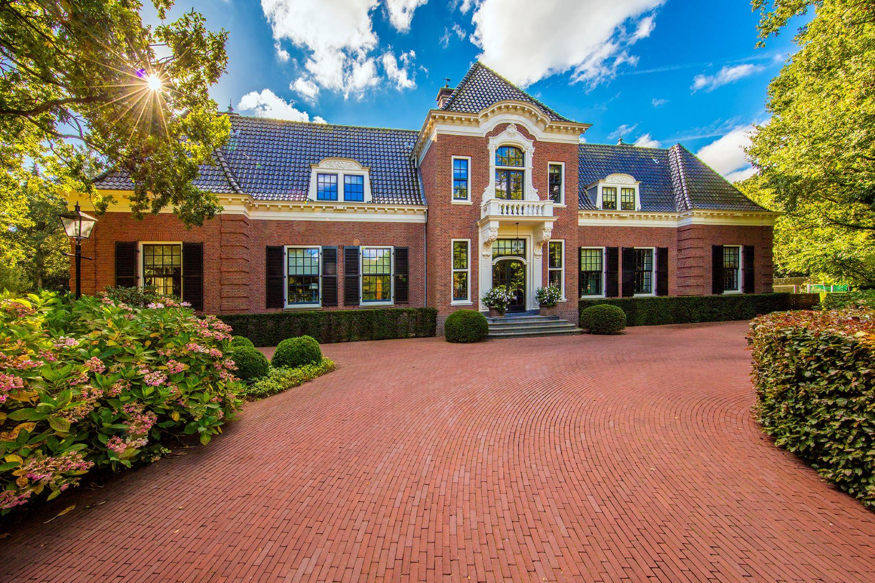 "Multi-Family Homes для того Продажа на ESTATE ""KLEIN BENTVELD"" Bentveldsweg 142 Aerdenhout, North Holland 2111 EE Нидерланды"