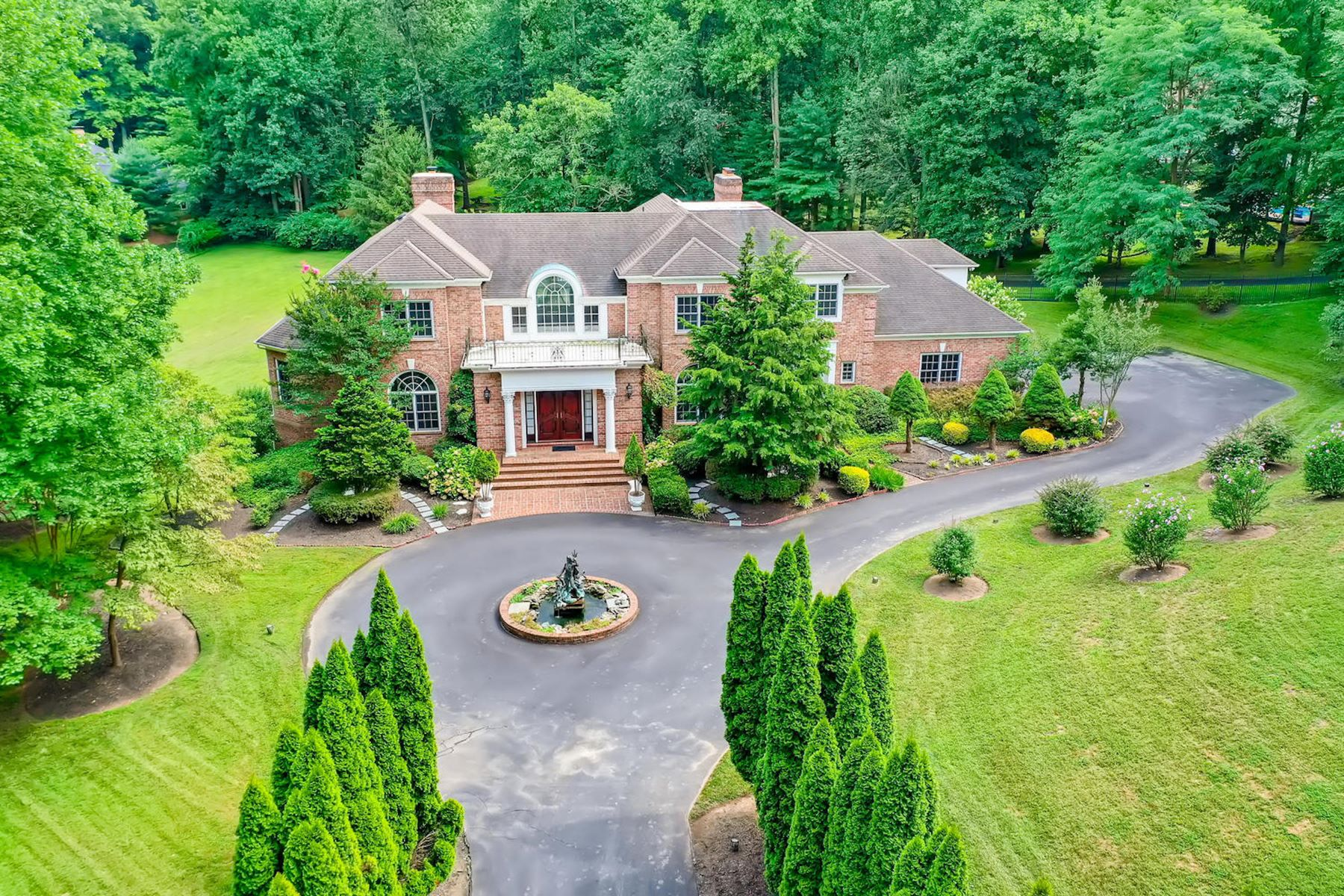 Single Family Homes للـ Sale في Hill Farm 7 Brookstone Court, Lutherville Timonium, Maryland 21093 United States