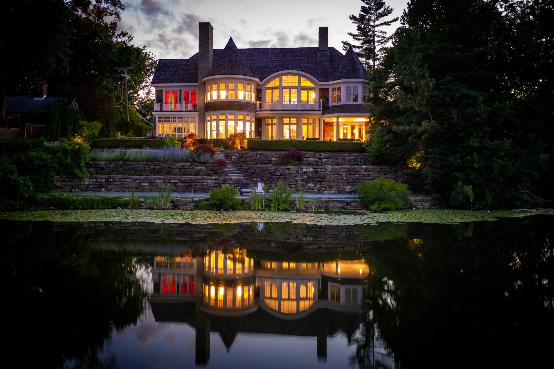 Single Family Homes 為 出售 在 Birmingham 220 Lake Park Drive, Birmingham, 密歇根州 48009 美國