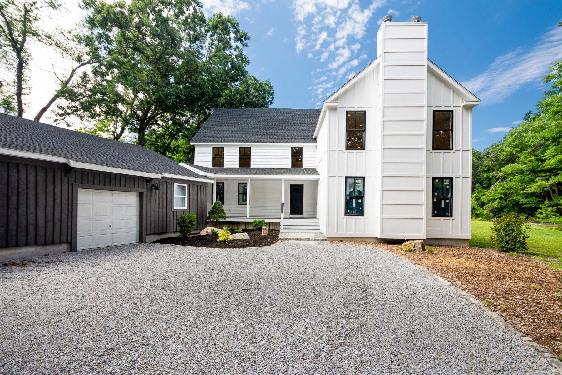 Multi-Family Homes por un Venta en 88 Whittemore Street Concord, Massachusetts 01742 Estados Unidos