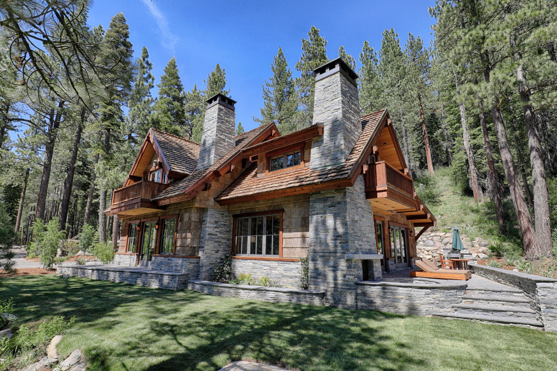 Additional photo for property listing at Timeless Estate on the Truckee River 7260 River Road Truckee, California 96161 United States