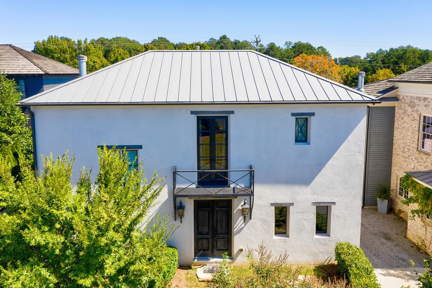 Single Family Homes por un Venta en Stunning Perfection in Highly Desirable Vickery 6915 Colfax Avenue, Cumming, Georgia 30040 Estados Unidos