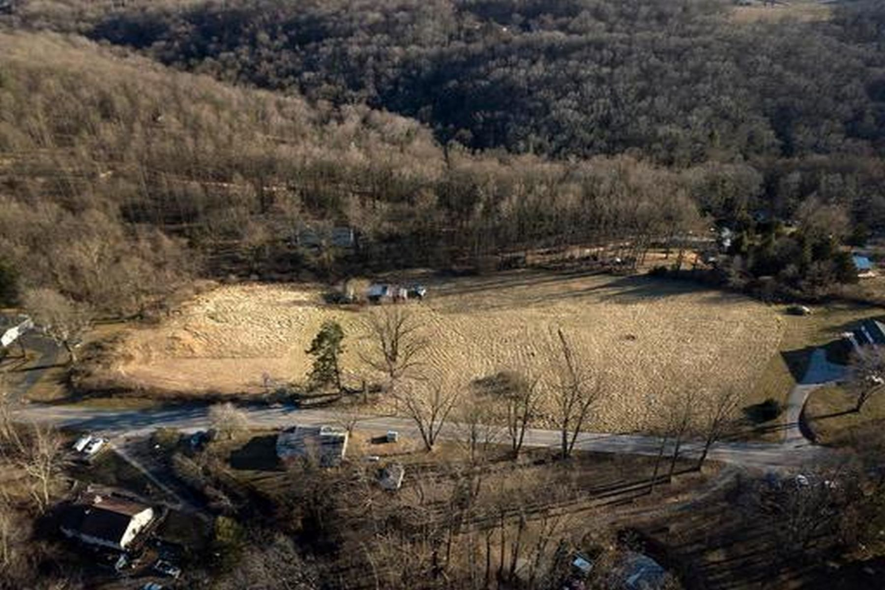 أراضي للـ Sale في 4.48 Acre Lot in Susquehanna Trails 7619 Woodbine Road, Airville, Pennsylvania 17302 United States