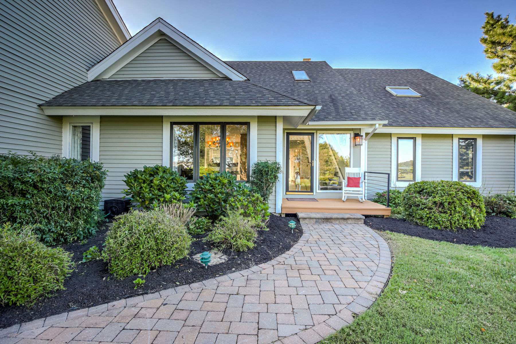 Single Family Homes voor Verkoop op Come Live the Lifestyle You Have Always Dreamed Of At the Cove Creek Club 102 Night Heron Court, Stevensville, Maryland 21666 Verenigde Staten