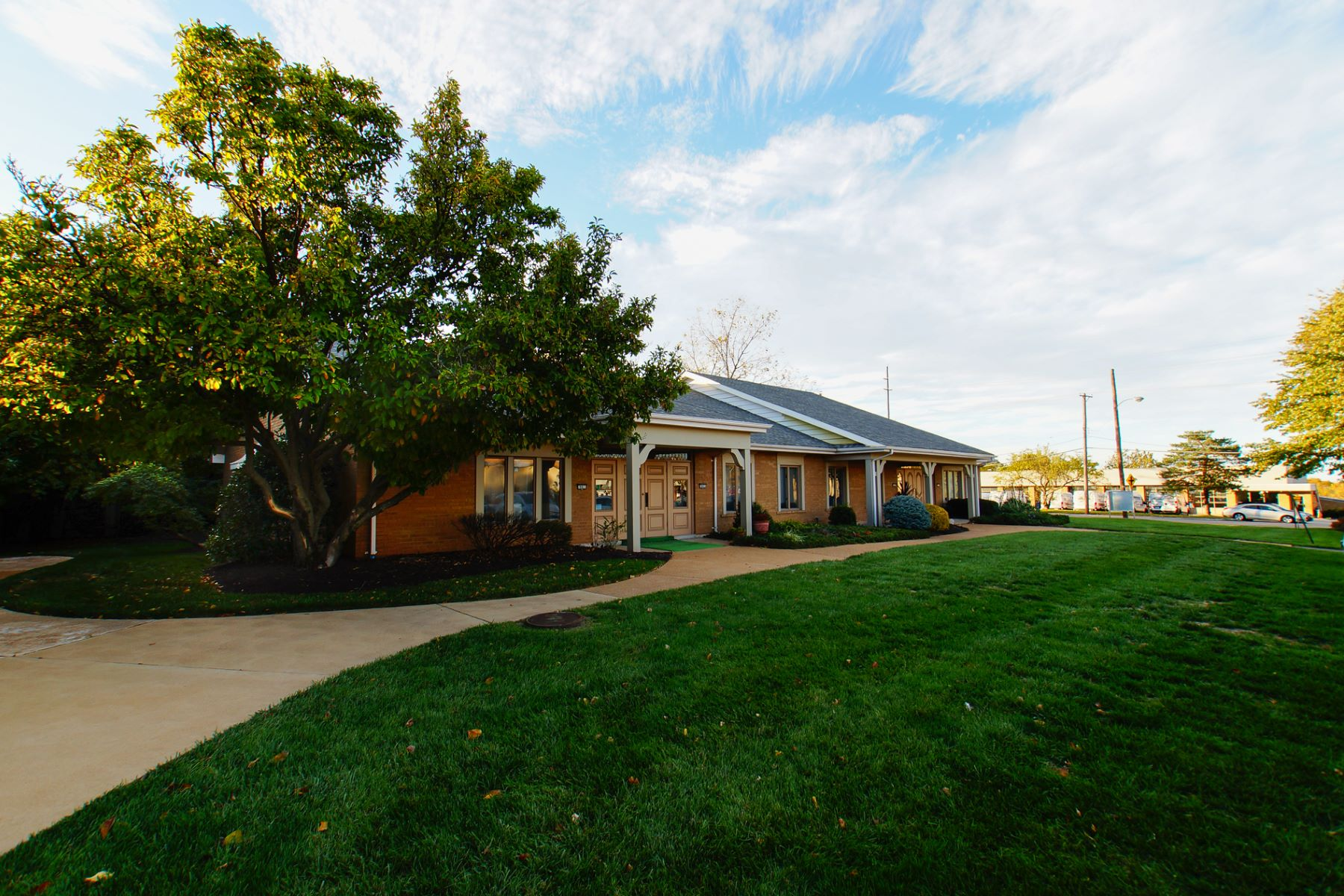 Additional photo for property listing at 983 Gardenview Office Parkway Creve Coeur, Missouri 63141 United States