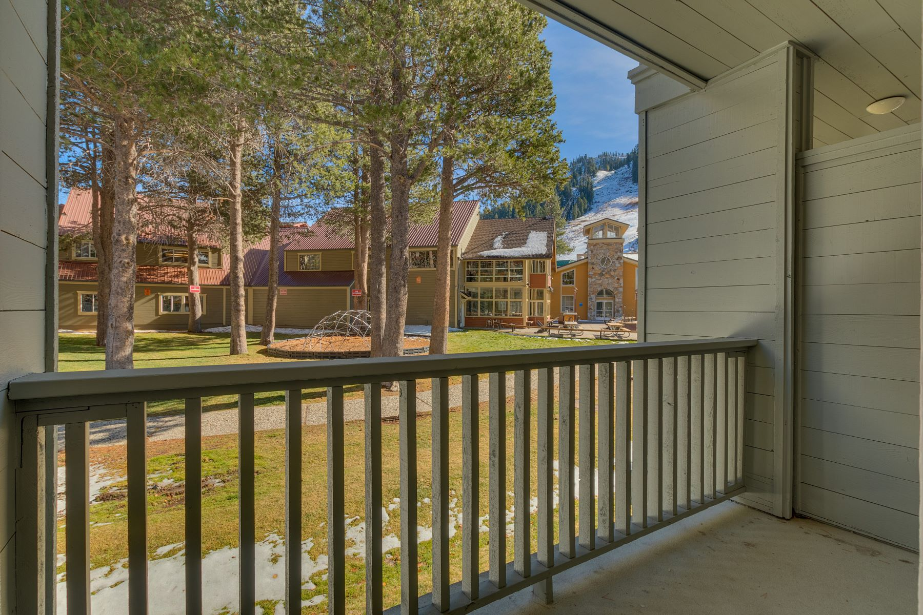 Additional photo for property listing at Squaw Valley Lodge 201 Squaw Peak Road # 718 & 719 Olympic Valley, California 96146 United States