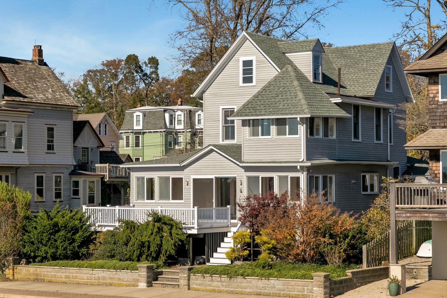 Single Family Homes för Försäljning vid Commanding One Of The Most Coveted Views Of The Toms River 74 River Avenue, Island Heights, New Jersey 08732 Förenta staterna