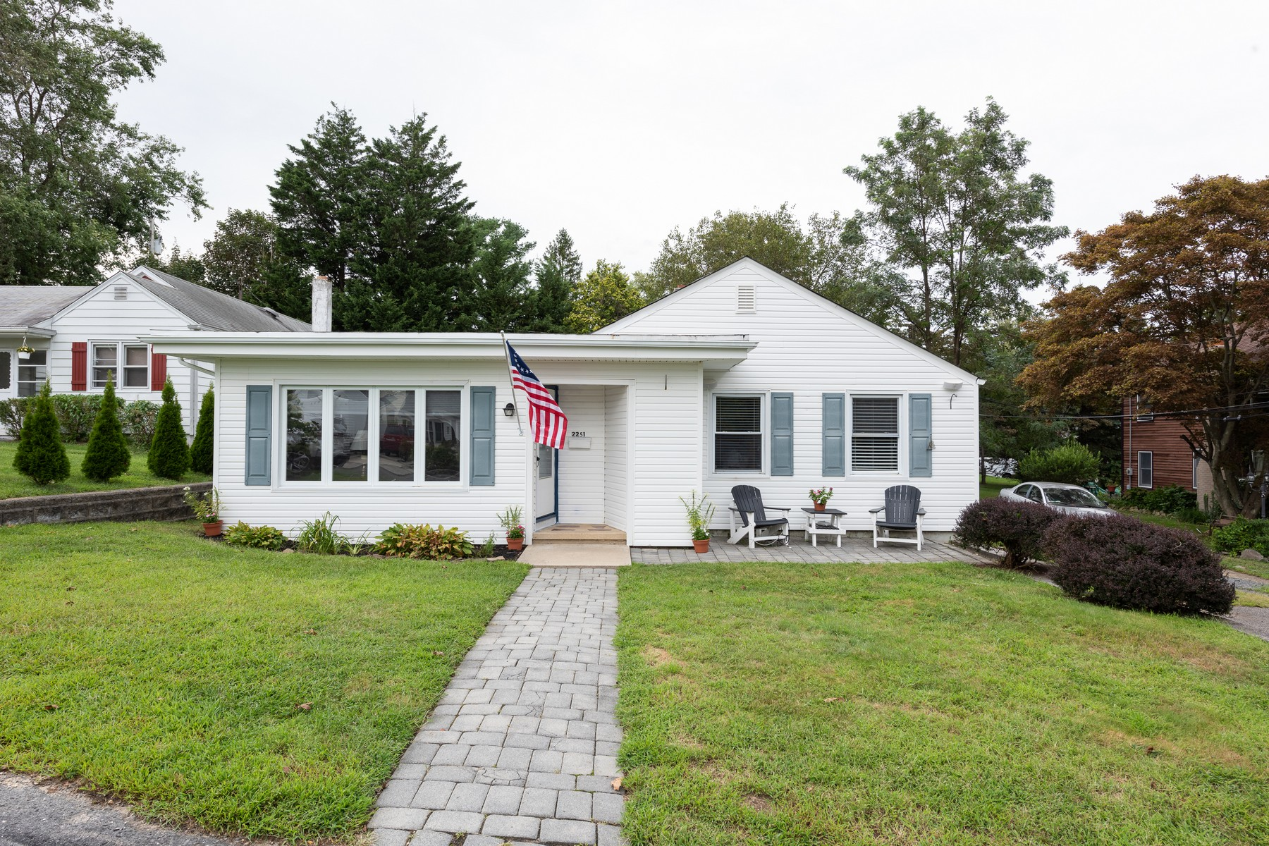 Single Family Homes for Sale at Charming Ranch 2251 Wagner Lane, Manasquan, New Jersey 08736 United States