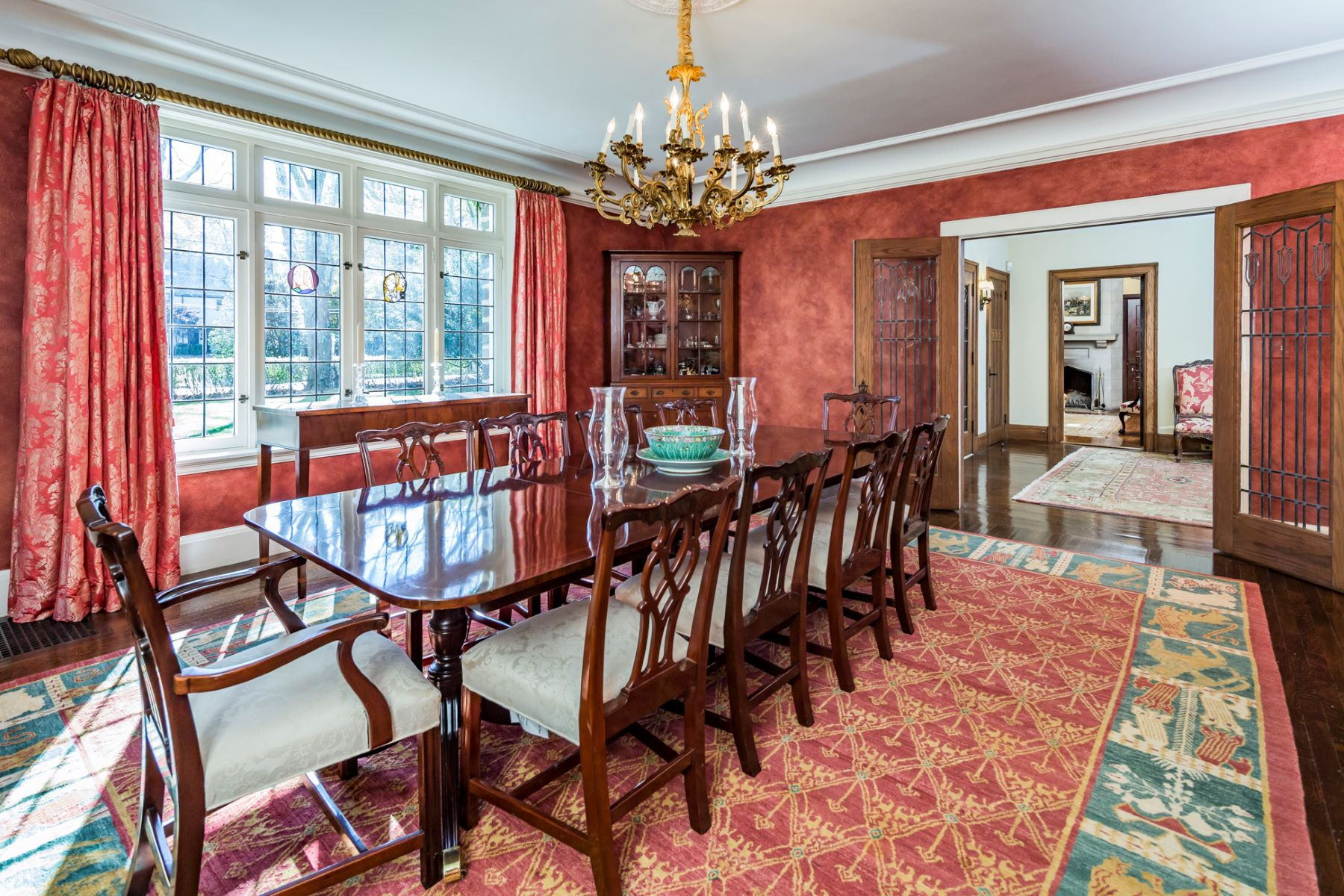 Additional photo for property listing at Turning Heads on Hodge Road for Almost A Century 149 Hodge Road, Princeton, Нью-Джерси 08540 Соединенные Штаты