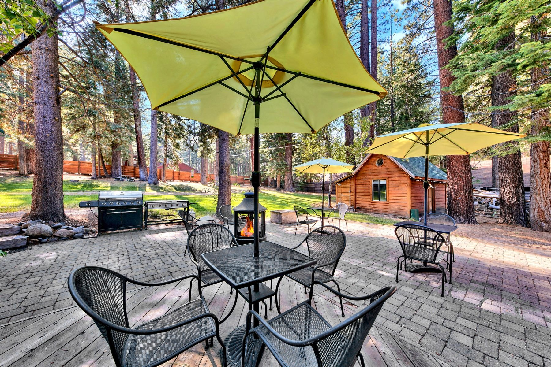 Additional photo for property listing at Mountain Retreat on Emerald Bay Road 608/580 Emerald Bay Rd South Lake Tahoe, California 96150 United States