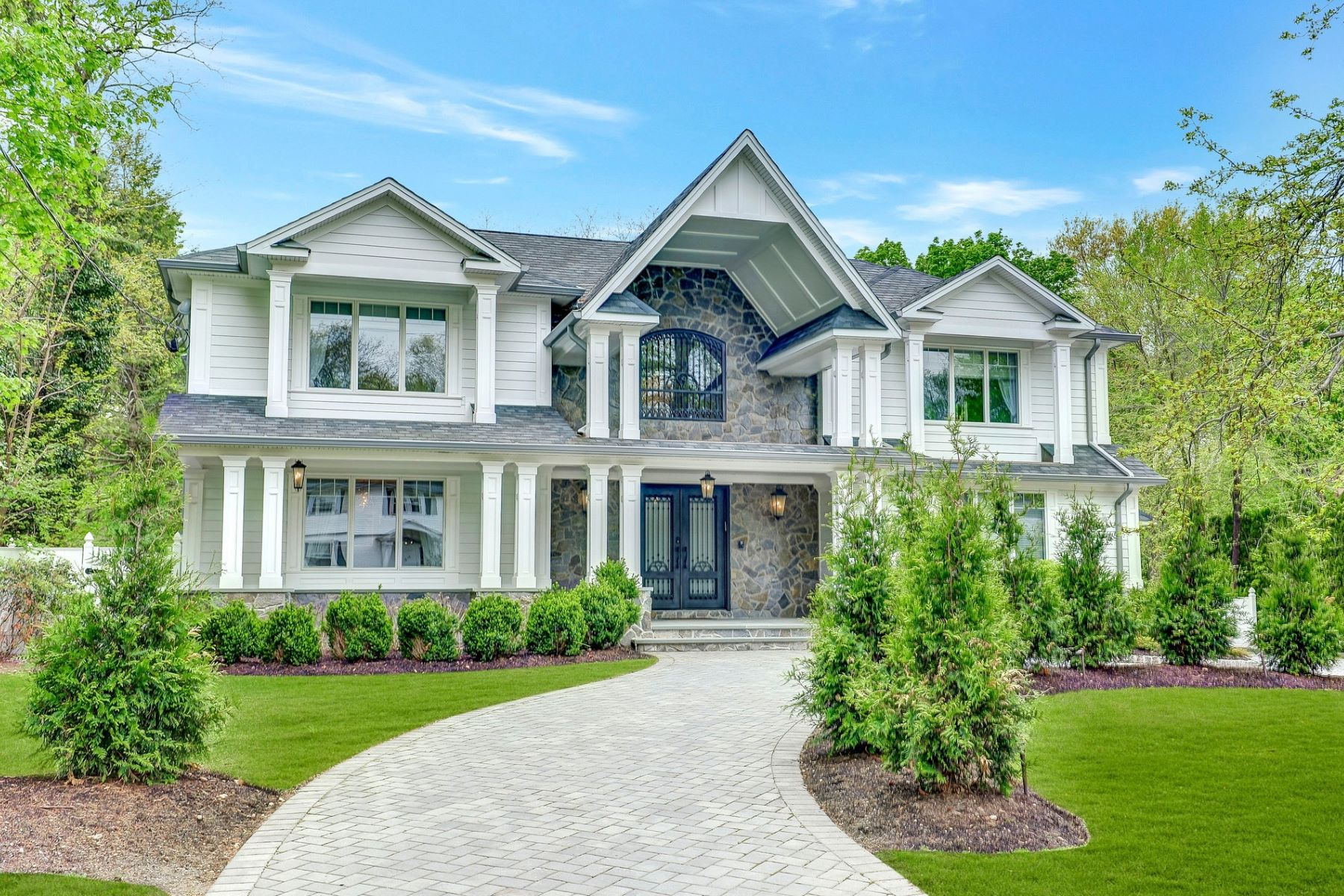 Single Family Homes for Sale at Luxury Lifestyle 53 Orchard Road, Demarest, New Jersey 07627 United States