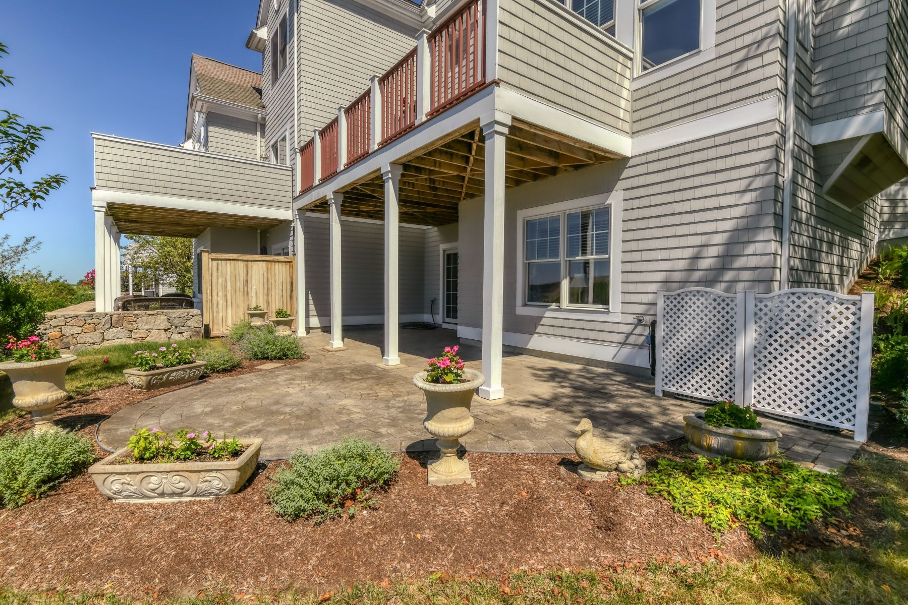 Additional photo for property listing at The Sakonnet at the Villages at Mount Hope Bay 343 Village Road 蒂弗顿, 罗得岛 02878 美国