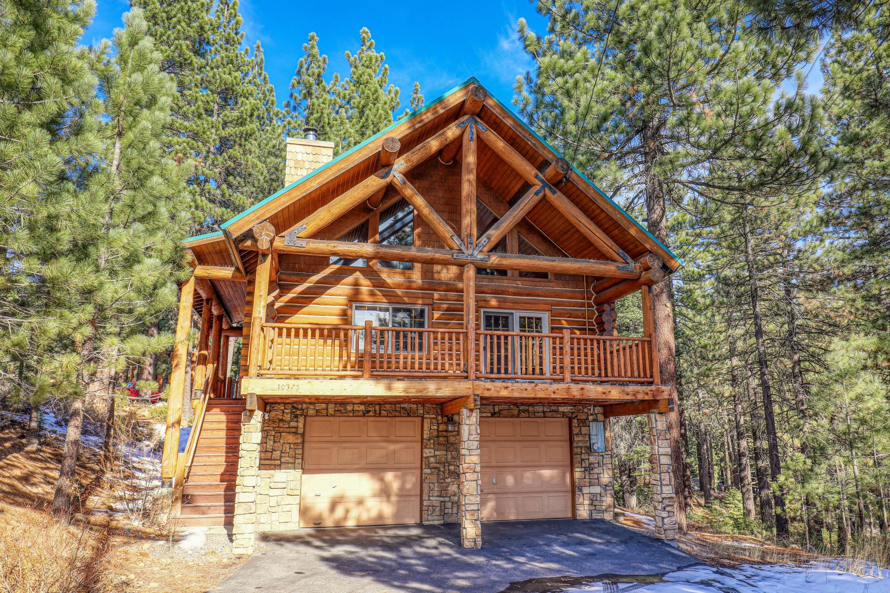 Single Family Homes for Active at 10375 Northwoods Boulevard Truckee, California 96161 United States