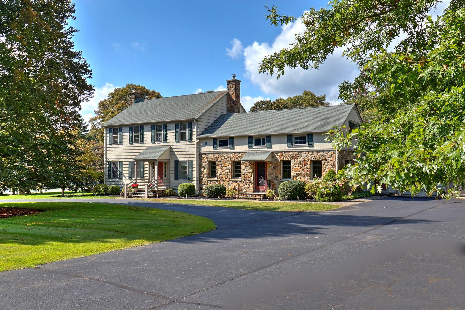 Single Family Homes för Försäljning vid Custom Colonial in Historical Califon 1 School Street, Califon, New Jersey 07830 Förenta staterna